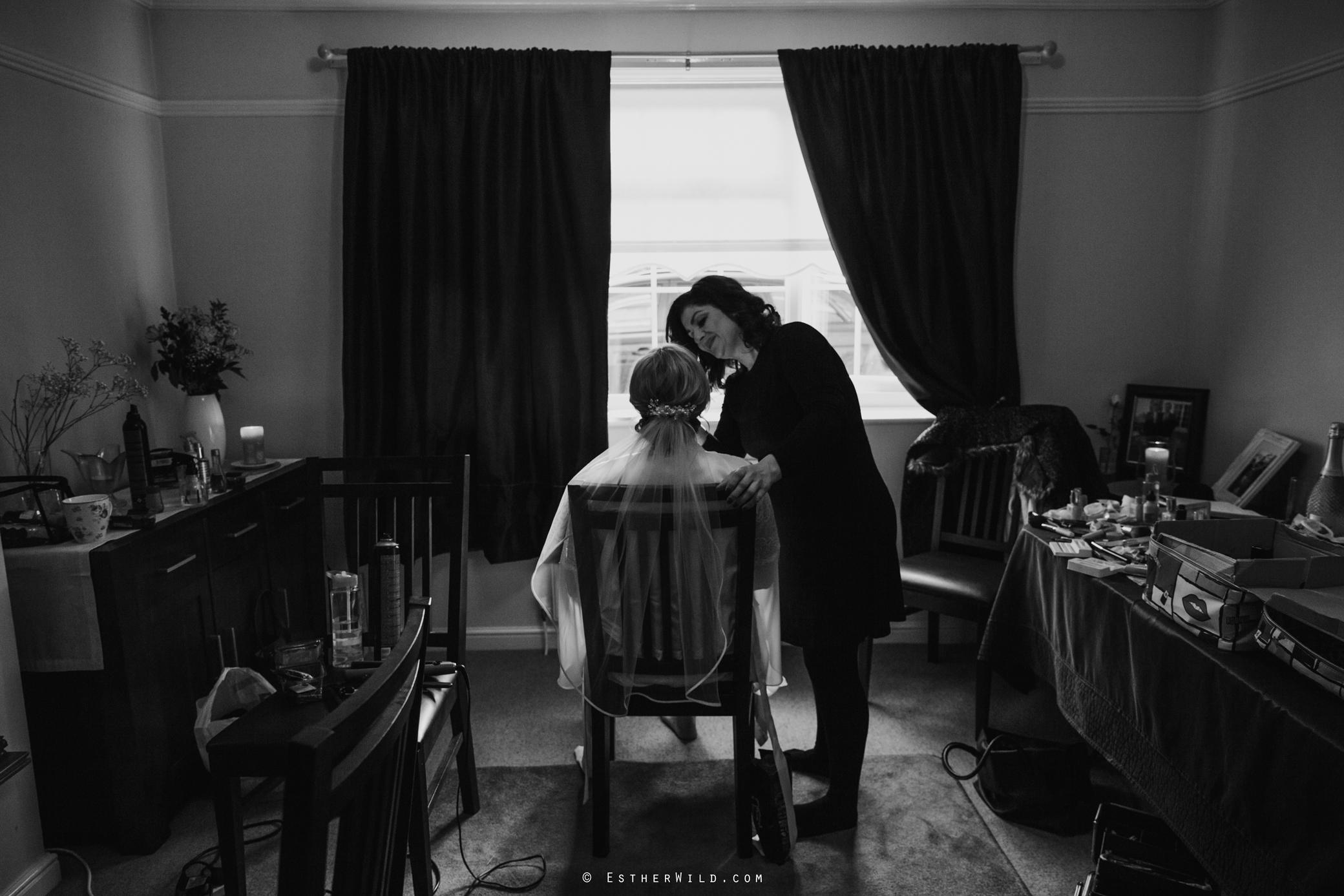 Wedding_Kings_Lynn_Town_Hall_Norfolk_Photographer_Esther_Wild_IMG_0240-1.jpg