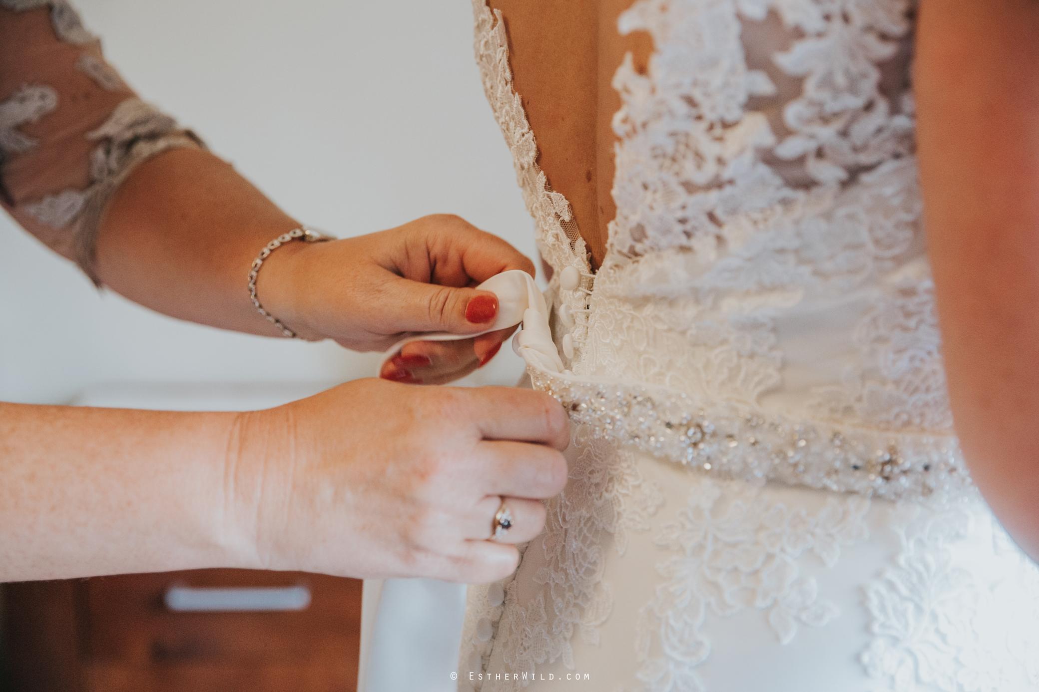Wedding_Kings_Lynn_Town_Hall_Norfolk_Photographer_Esther_Wild_IMG_0593.jpg