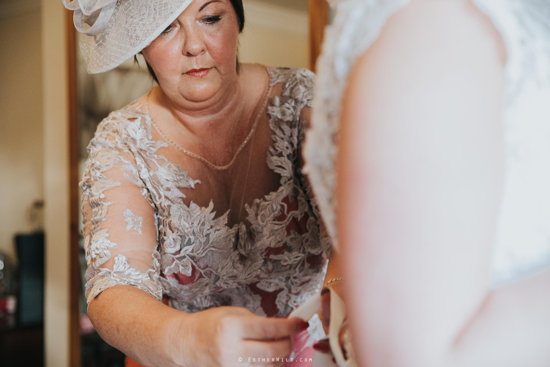 Wedding_Kings_Lynn_Town_Hall_Norfolk_Photographer_Esther_Wild_IMG_0595.jpg