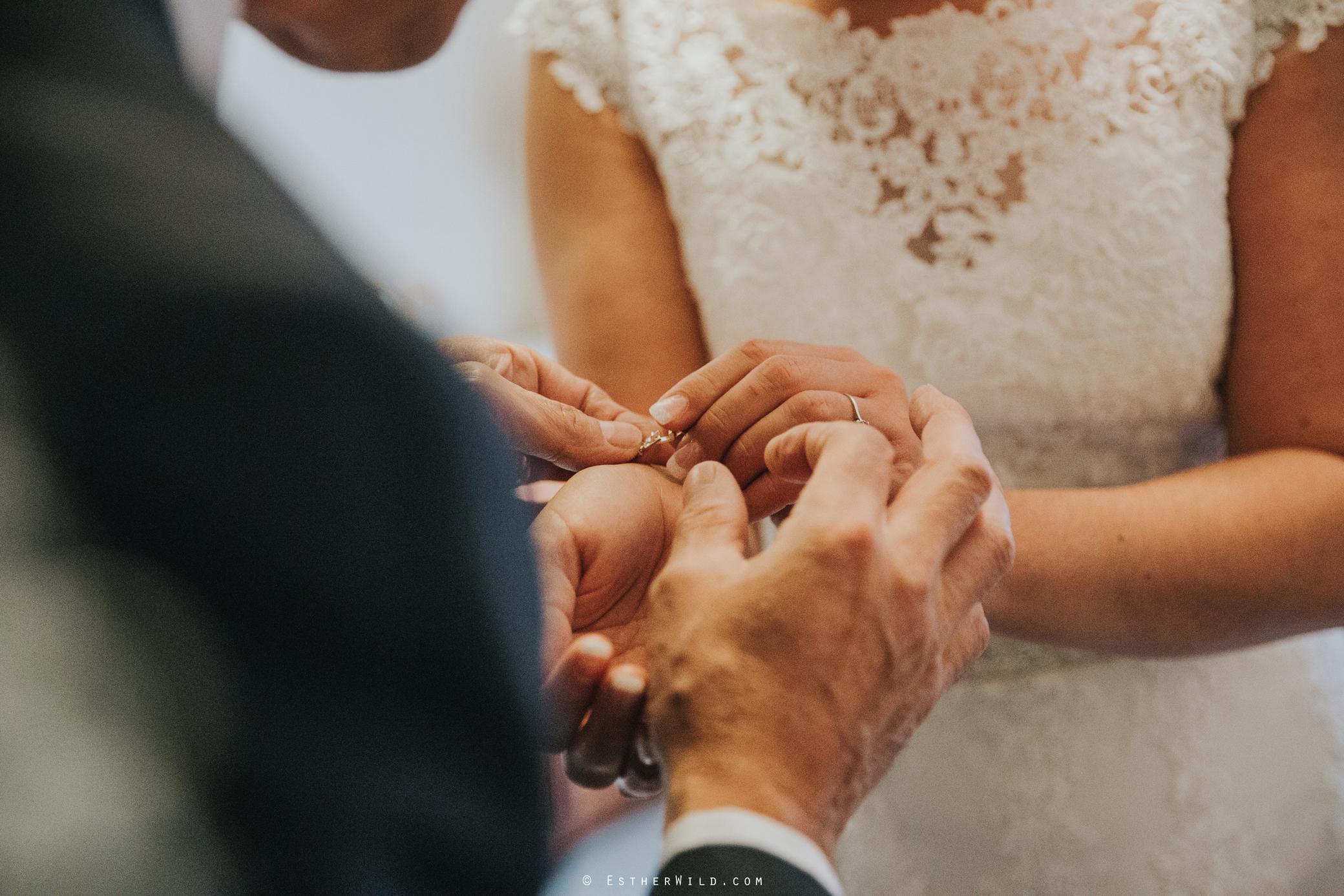 Wedding_Kings_Lynn_Town_Hall_Norfolk_Photographer_Esther_Wild_IMG_0636.jpg