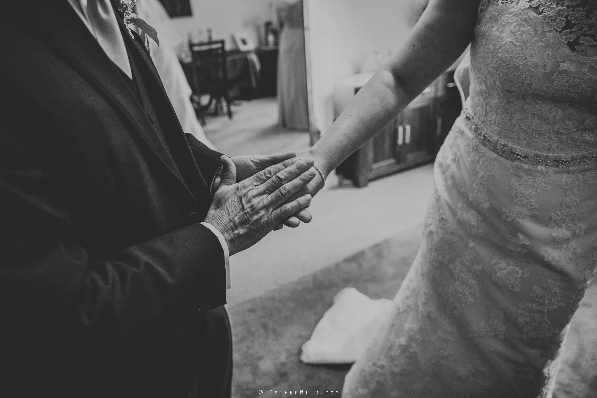 Wedding_Kings_Lynn_Town_Hall_Norfolk_Photographer_Esther_Wild_IMG_0638-2.jpg