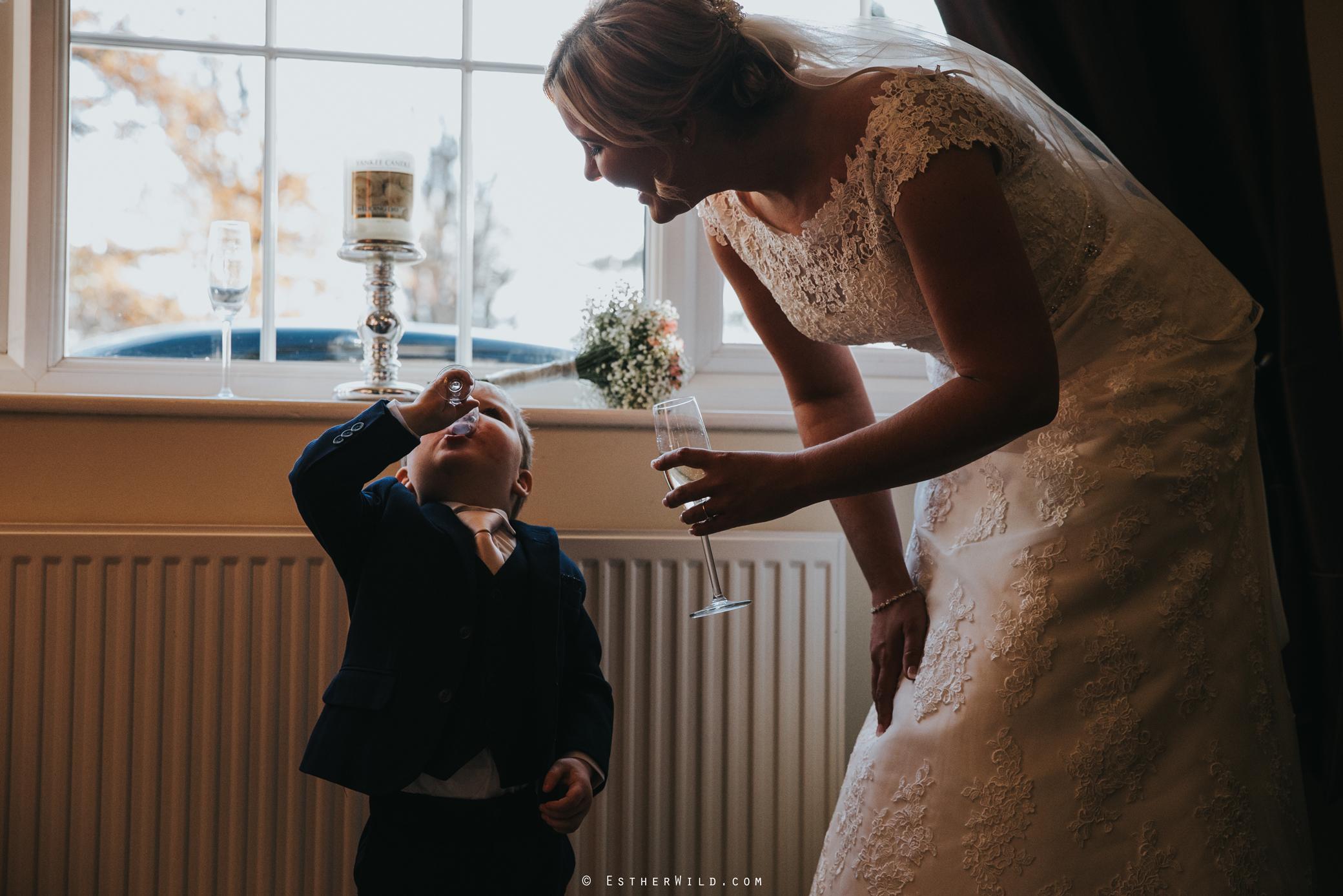 Wedding_Kings_Lynn_Town_Hall_Norfolk_Photographer_Esther_Wild_IMG_0709.jpg
