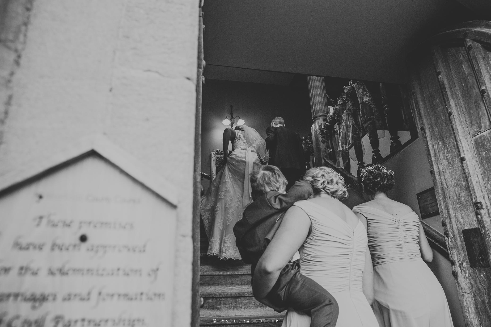 Wedding_Kings_Lynn_Town_Hall_Norfolk_Photographer_Esther_Wild_IMG_0868-2.jpg
