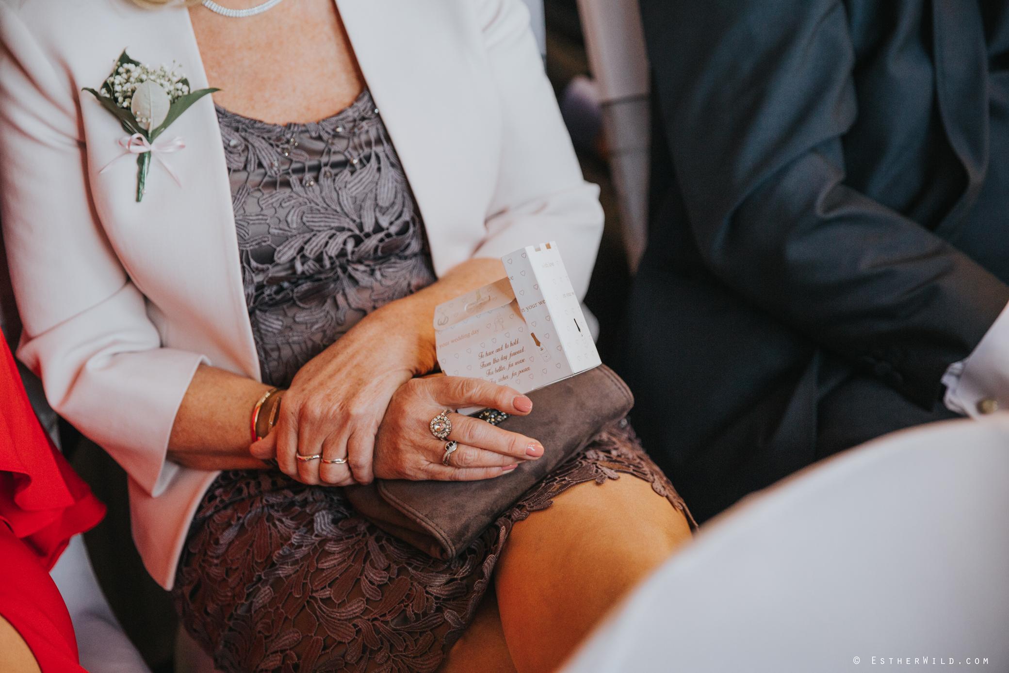 Wedding_Kings_Lynn_Town_Hall_Norfolk_Photographer_Esther_Wild_IMG_0889.jpg