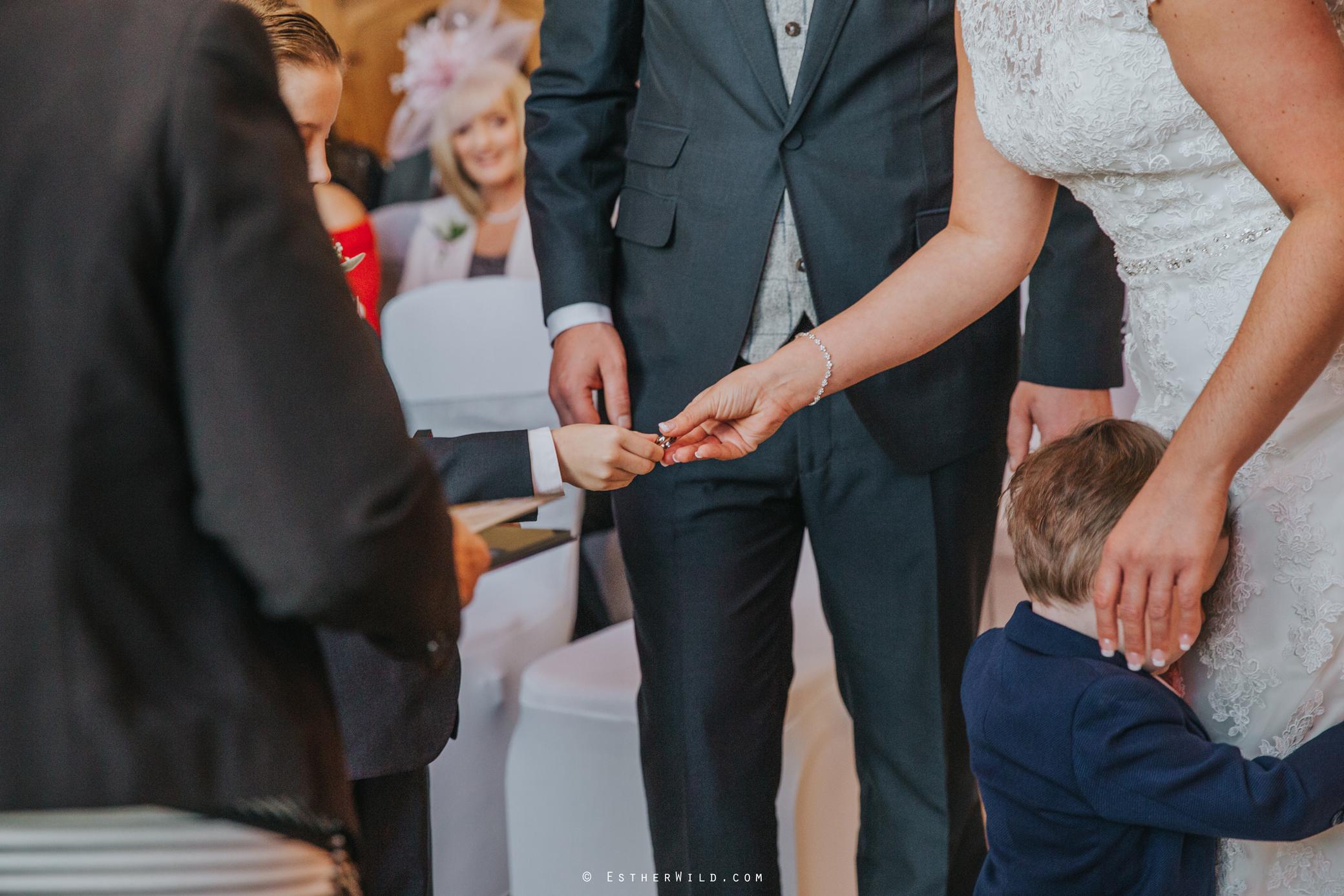 Wedding_Kings_Lynn_Town_Hall_Norfolk_Photographer_Esther_Wild_IMG_1008.jpg