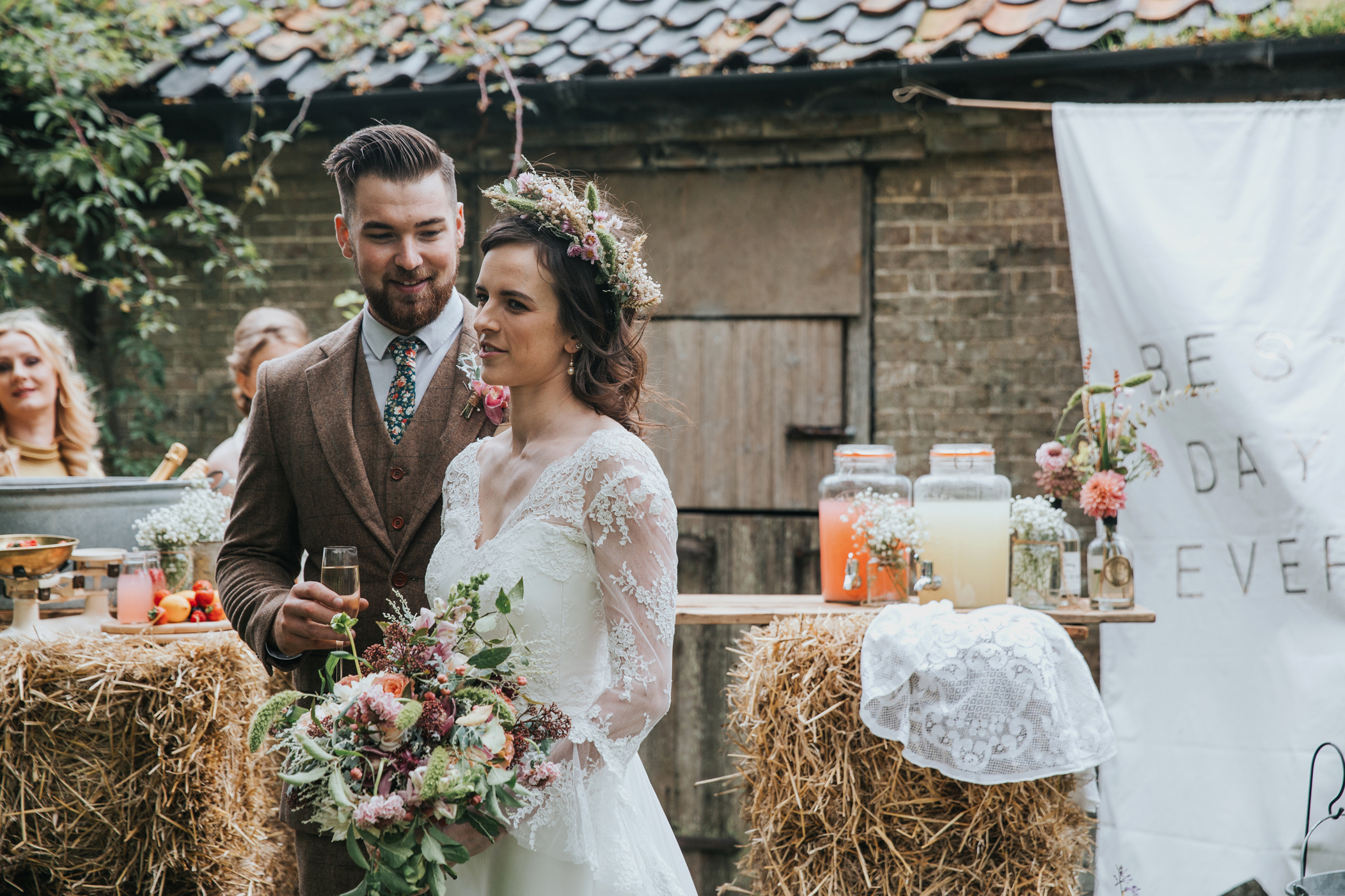 Esther_Wild_Little_Horse_Box_Norfolk_Wedding_IMG_2871.jpg