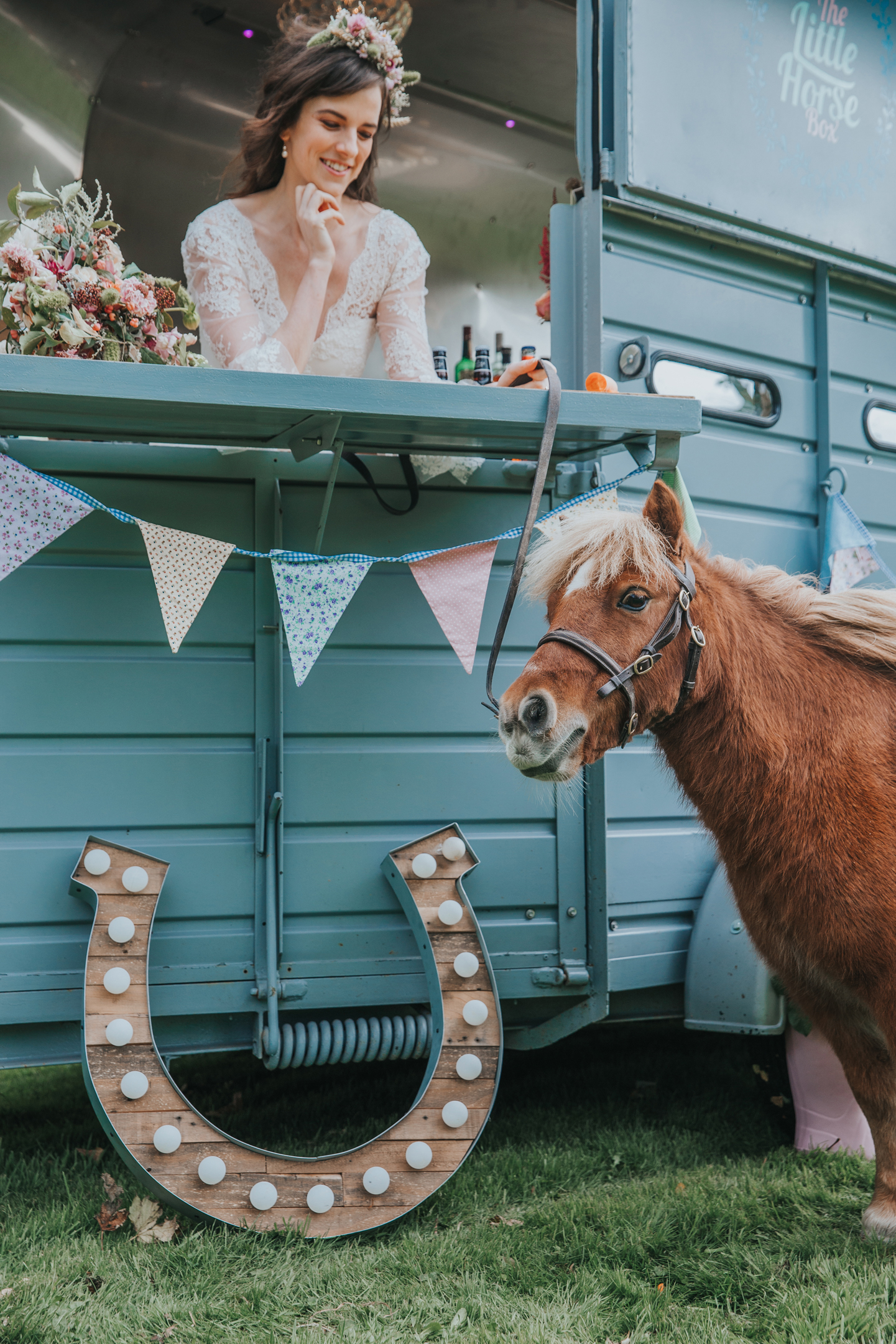Esther_Wild_Little_Horse_Box_Norfolk_Wedding_IMG_3017.jpg