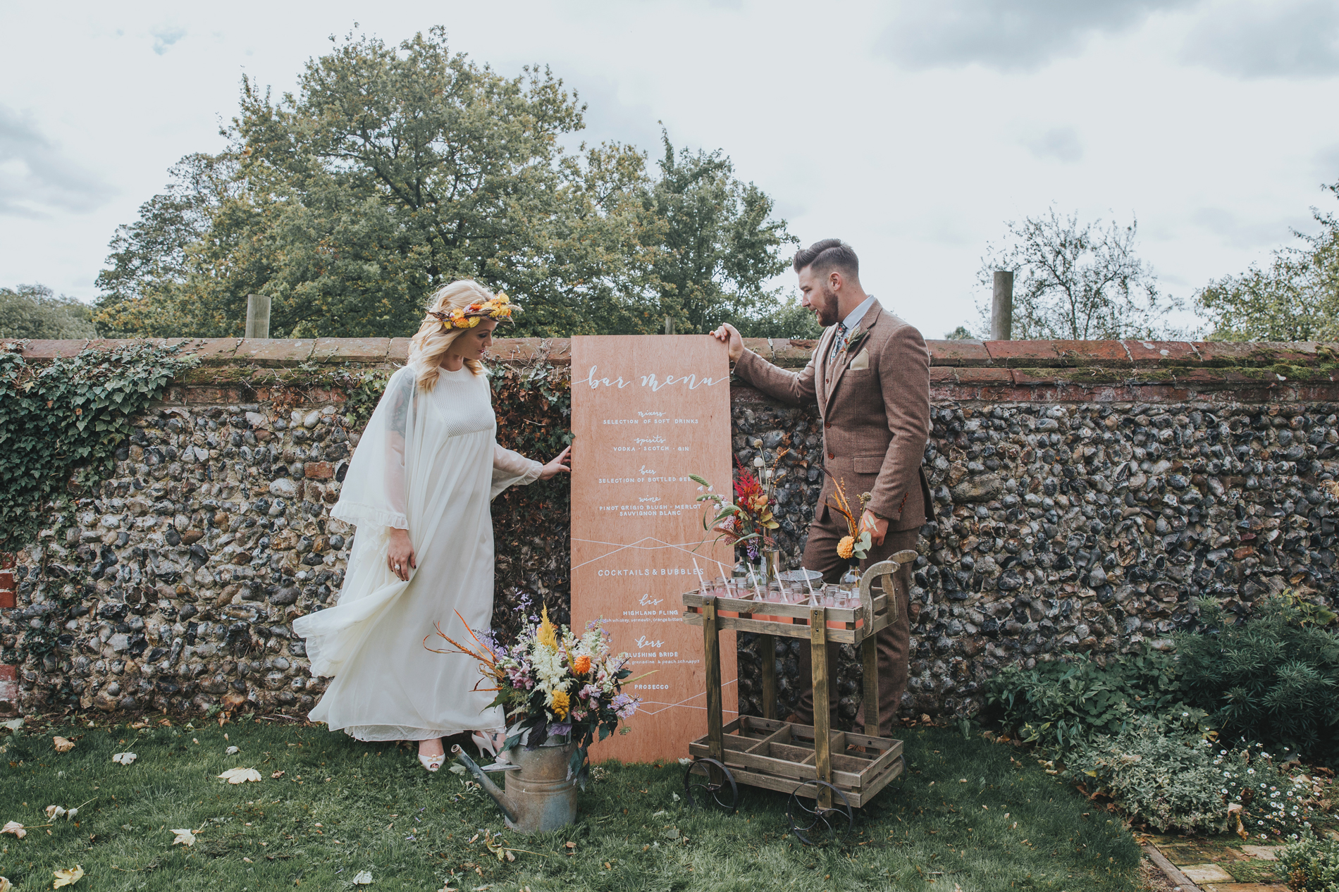 Norfolk_Wedding_Esther_Wild_Little_Horse_Box_IMG_2283.jpg