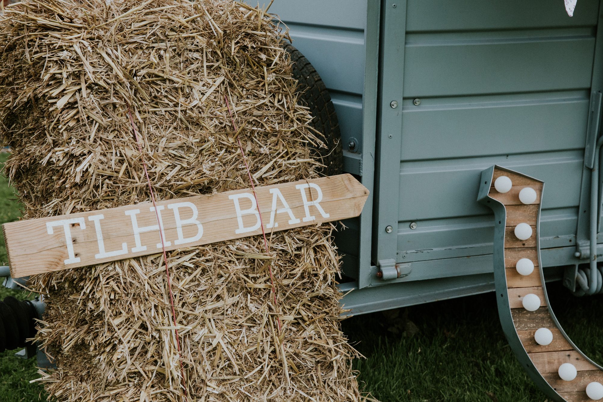 Norfolk_Wedding_Esther_Wild_Little_Horse_Box_IMG_2461.jpg