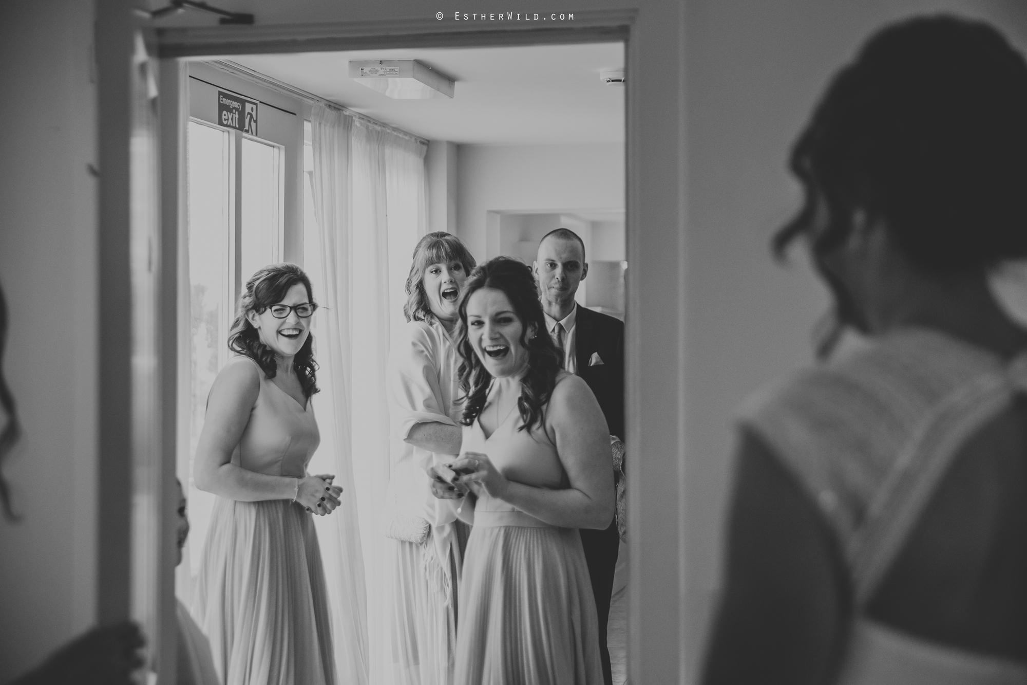 Elms_Barn_Weddings_Suffolk_Photographer_Copyright_Esther_Wild_IMG_0727-2.jpg
