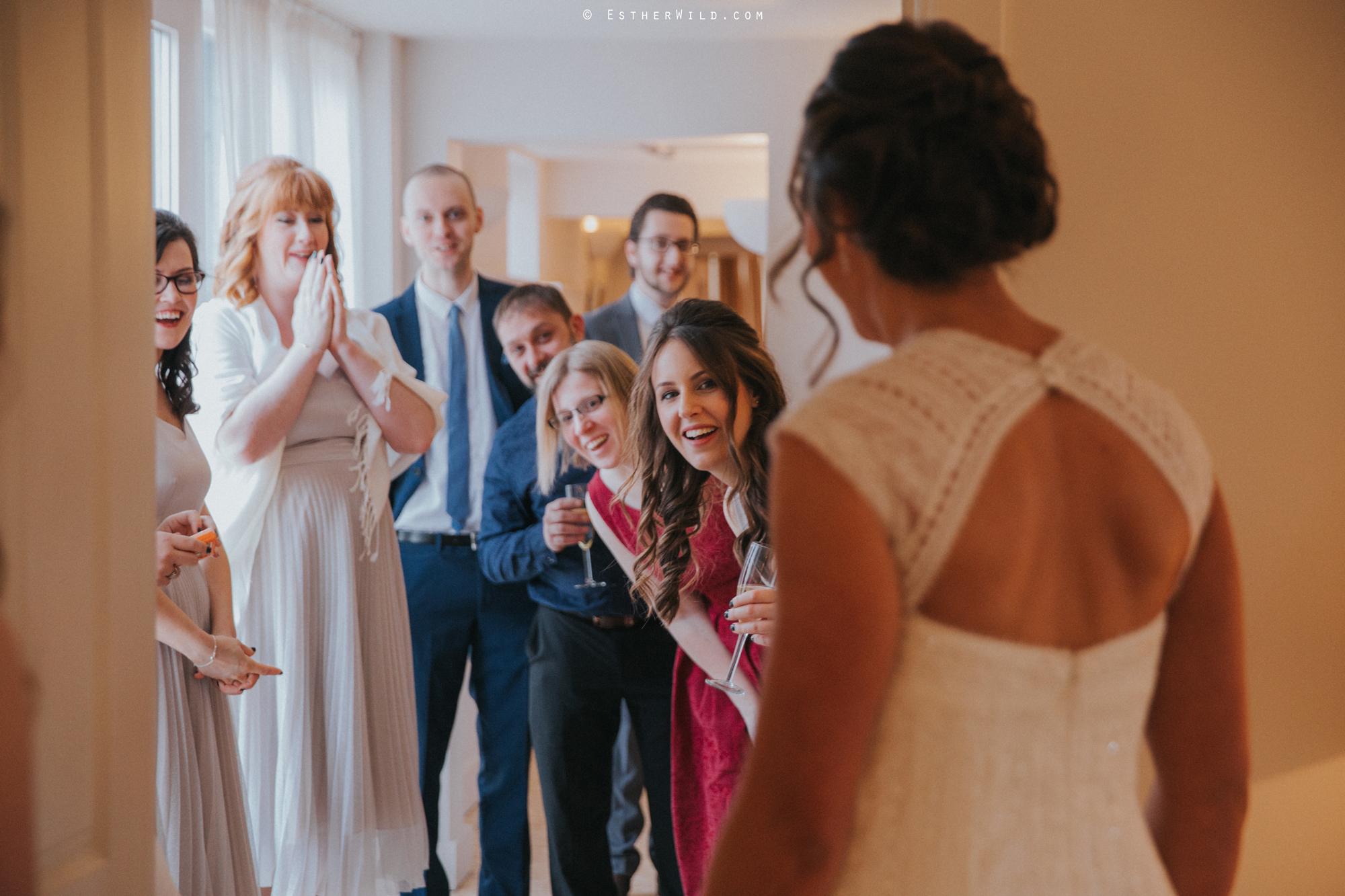 Elms_Barn_Weddings_Suffolk_Photographer_Copyright_Esther_Wild_IMG_0736.jpg