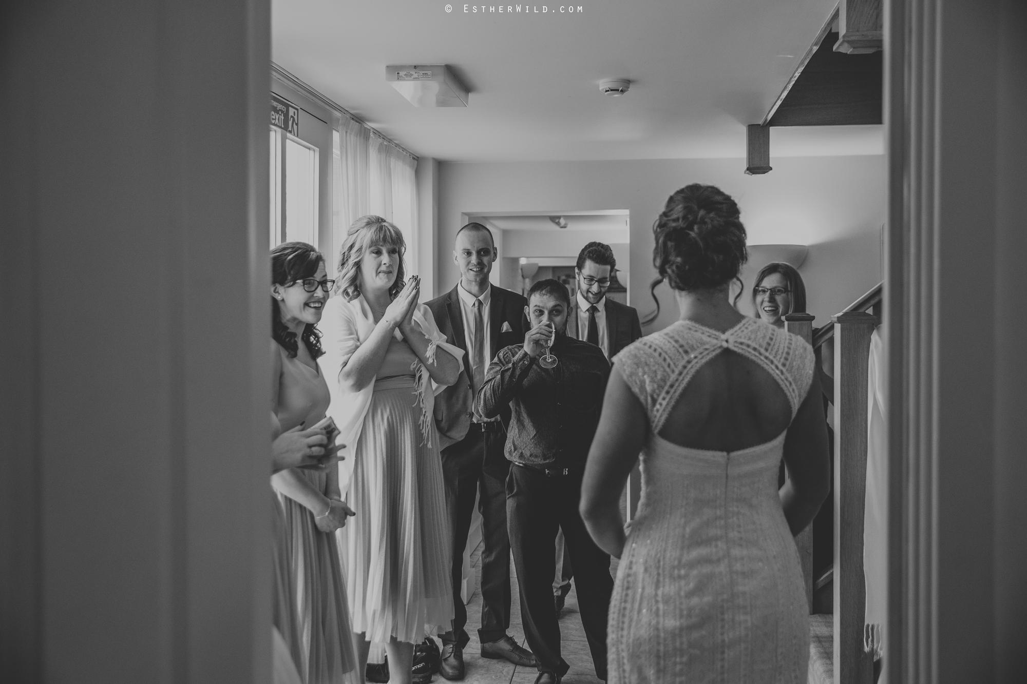 Elms_Barn_Weddings_Suffolk_Photographer_Copyright_Esther_Wild_IMG_0741-2.jpg
