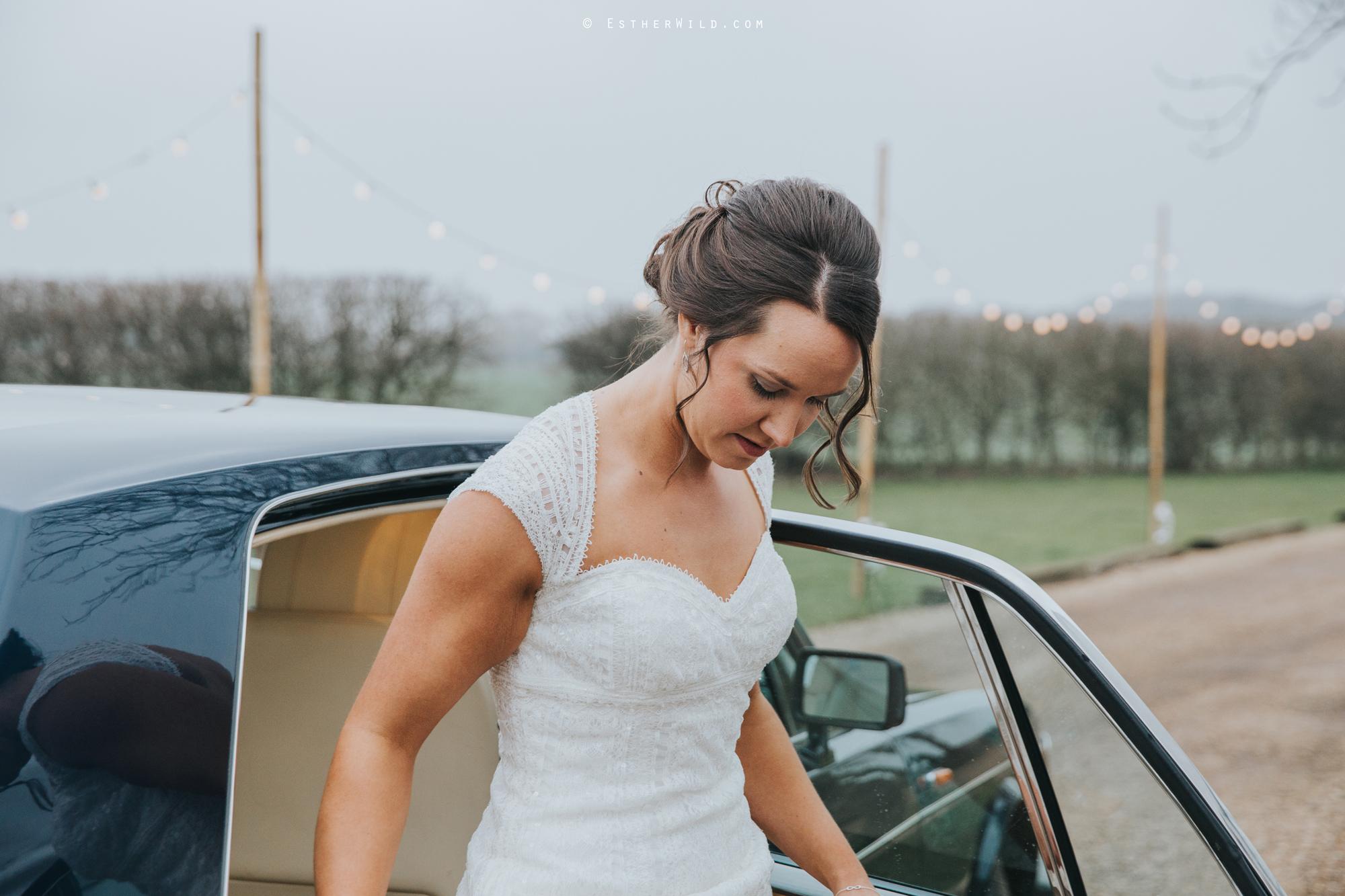 Elms_Barn_Weddings_Suffolk_Photographer_Copyright_Esther_Wild_IMG_1025.jpg