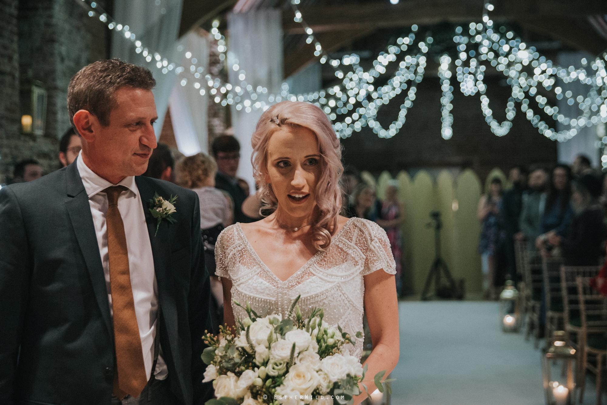 Elms_Barn_Weddings_Suffolk_Photographer_Copyright_Esther_Wild_IMG_1074.jpg