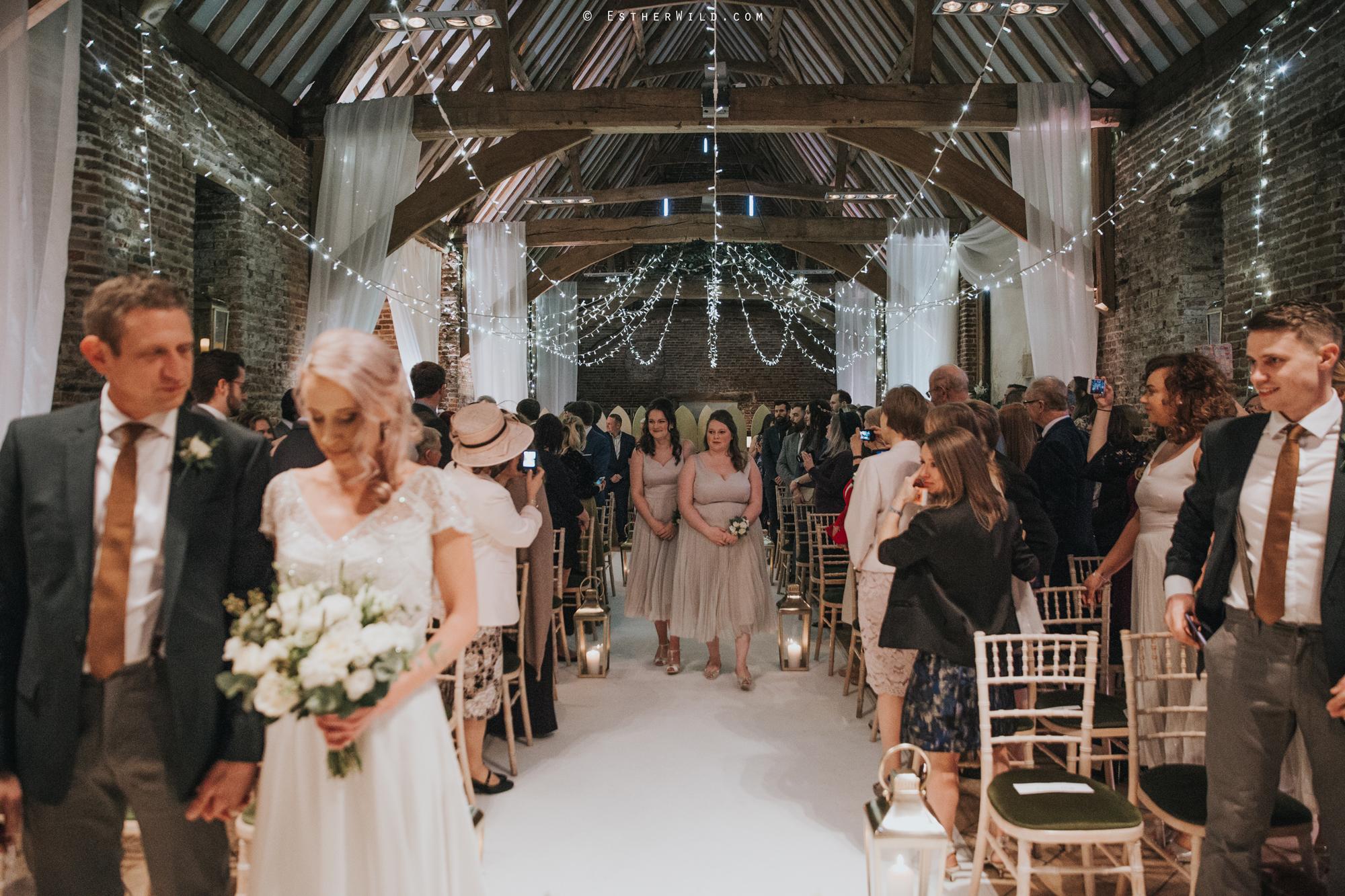 Elms_Barn_Weddings_Suffolk_Photographer_Copyright_Esther_Wild_IMG_1082.jpg
