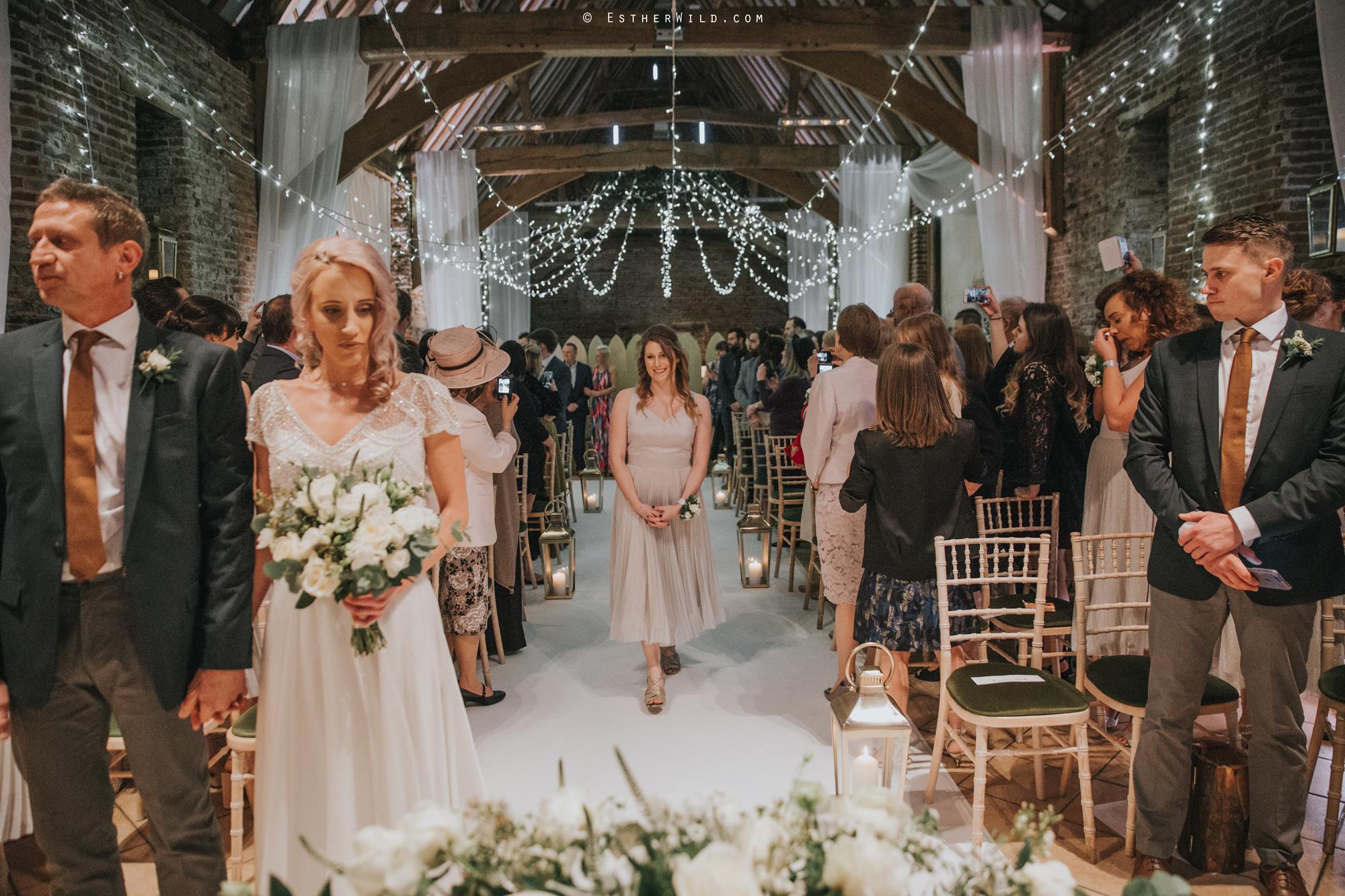 Elms_Barn_Weddings_Suffolk_Photographer_Copyright_Esther_Wild_IMG_1103.jpg