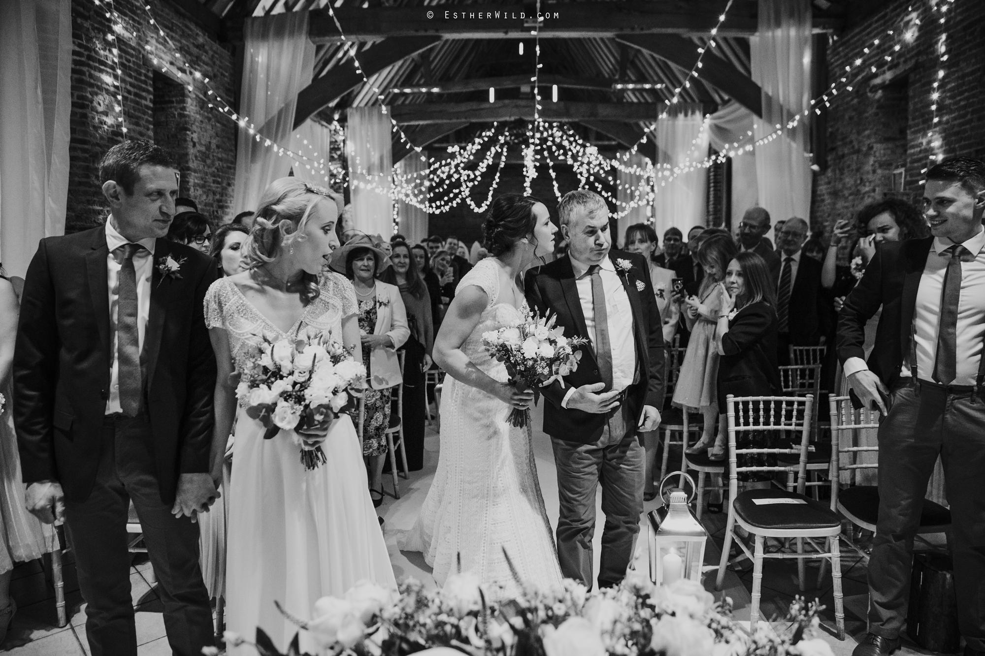 Elms_Barn_Weddings_Suffolk_Photographer_Copyright_Esther_Wild_IMG_1130-2.jpg
