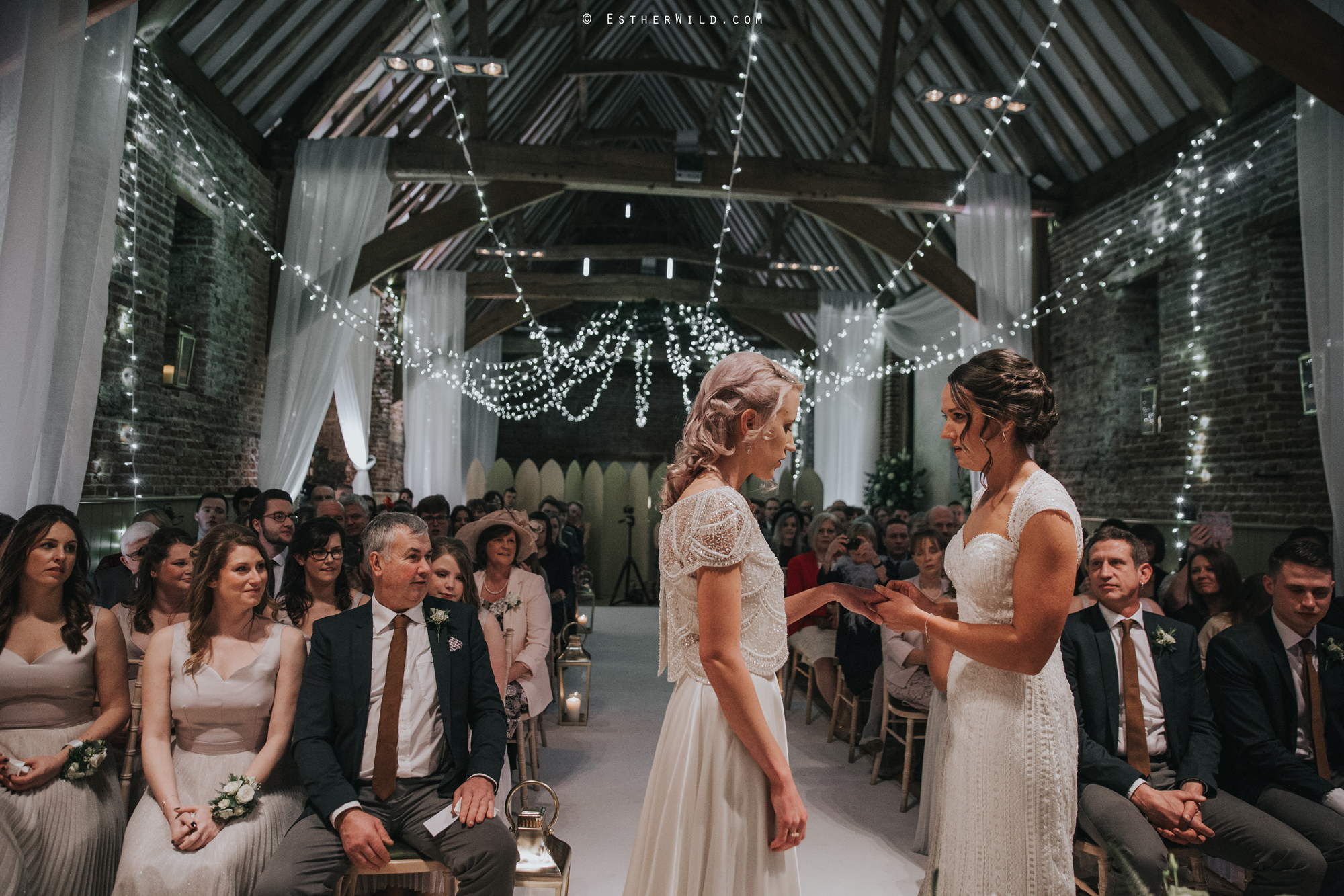 Elms_Barn_Weddings_Suffolk_Photographer_Copyright_Esther_Wild_IMG_1242.jpg
