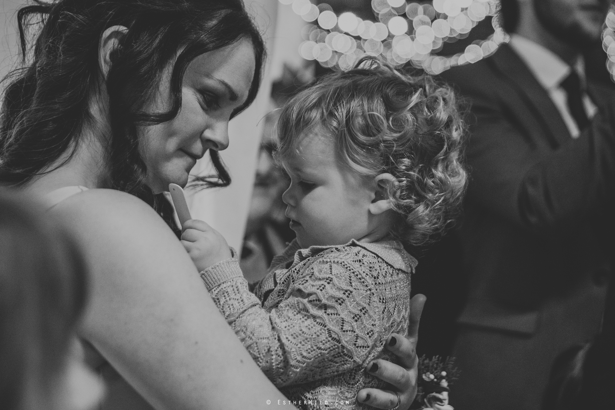 Elms_Barn_Weddings_Suffolk_Photographer_Copyright_Esther_Wild_IMG_1353.jpg