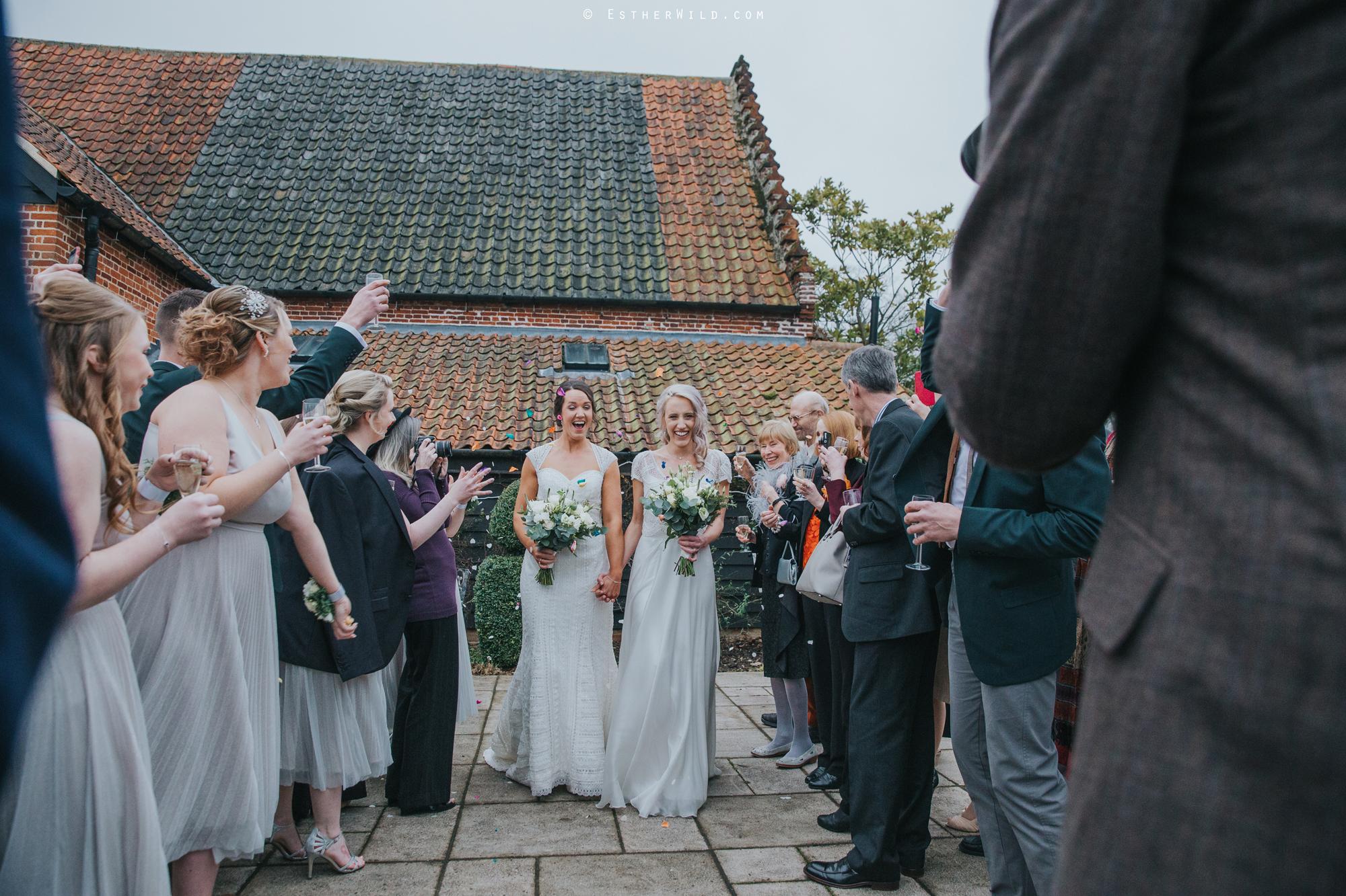 Elms_Barn_Weddings_Suffolk_Photographer_Copyright_Esther_Wild_IMG_1468.jpg