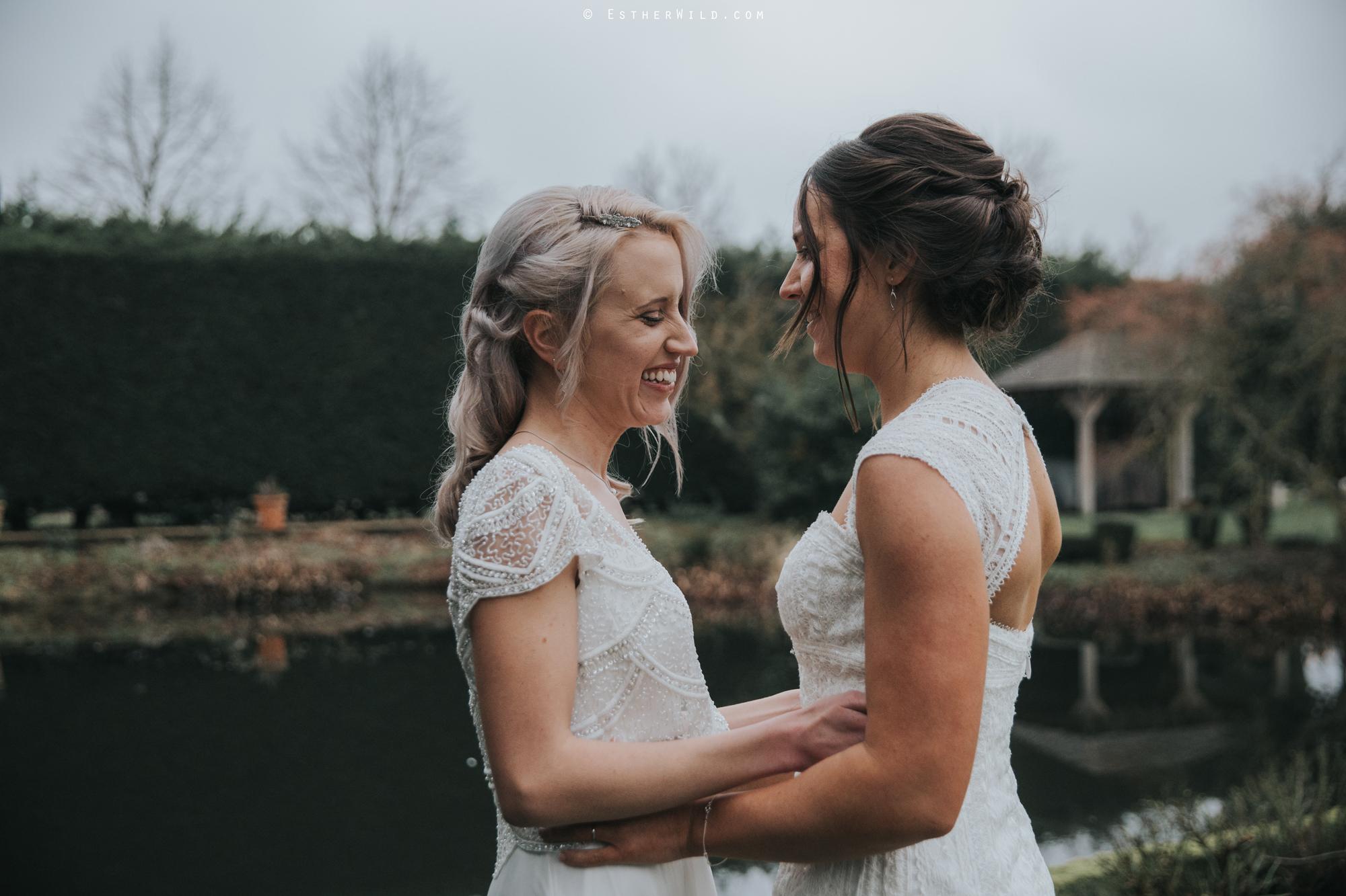 Elms_Barn_Weddings_Suffolk_Photographer_Copyright_Esther_Wild_IMG_2126.jpg
