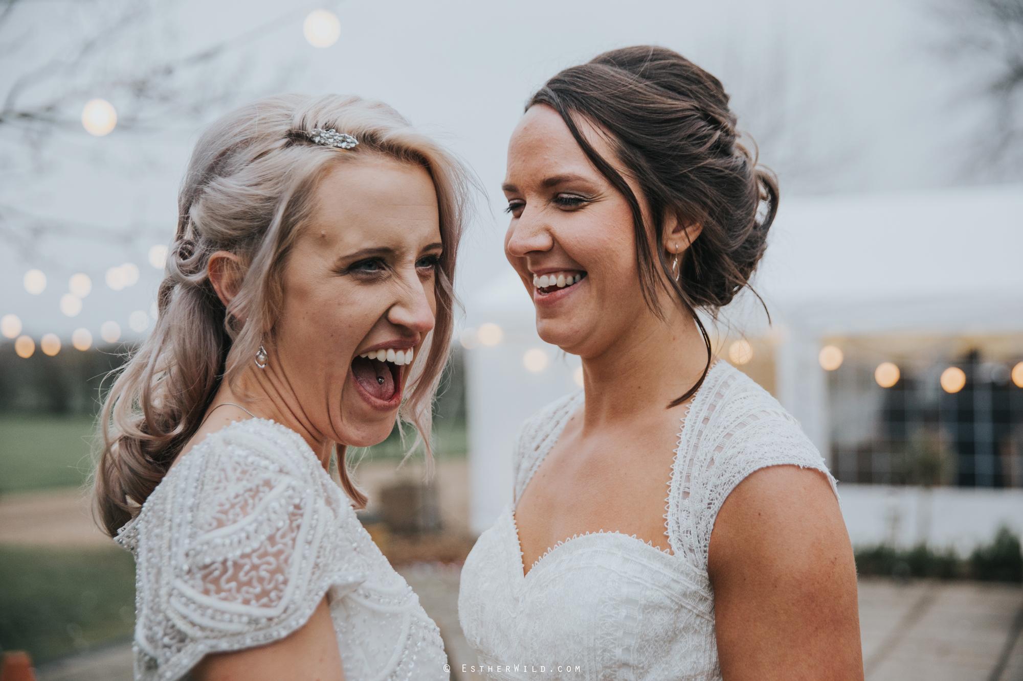 Elms_Barn_Weddings_Suffolk_Photographer_Copyright_Esther_Wild_IMG_2184.jpg