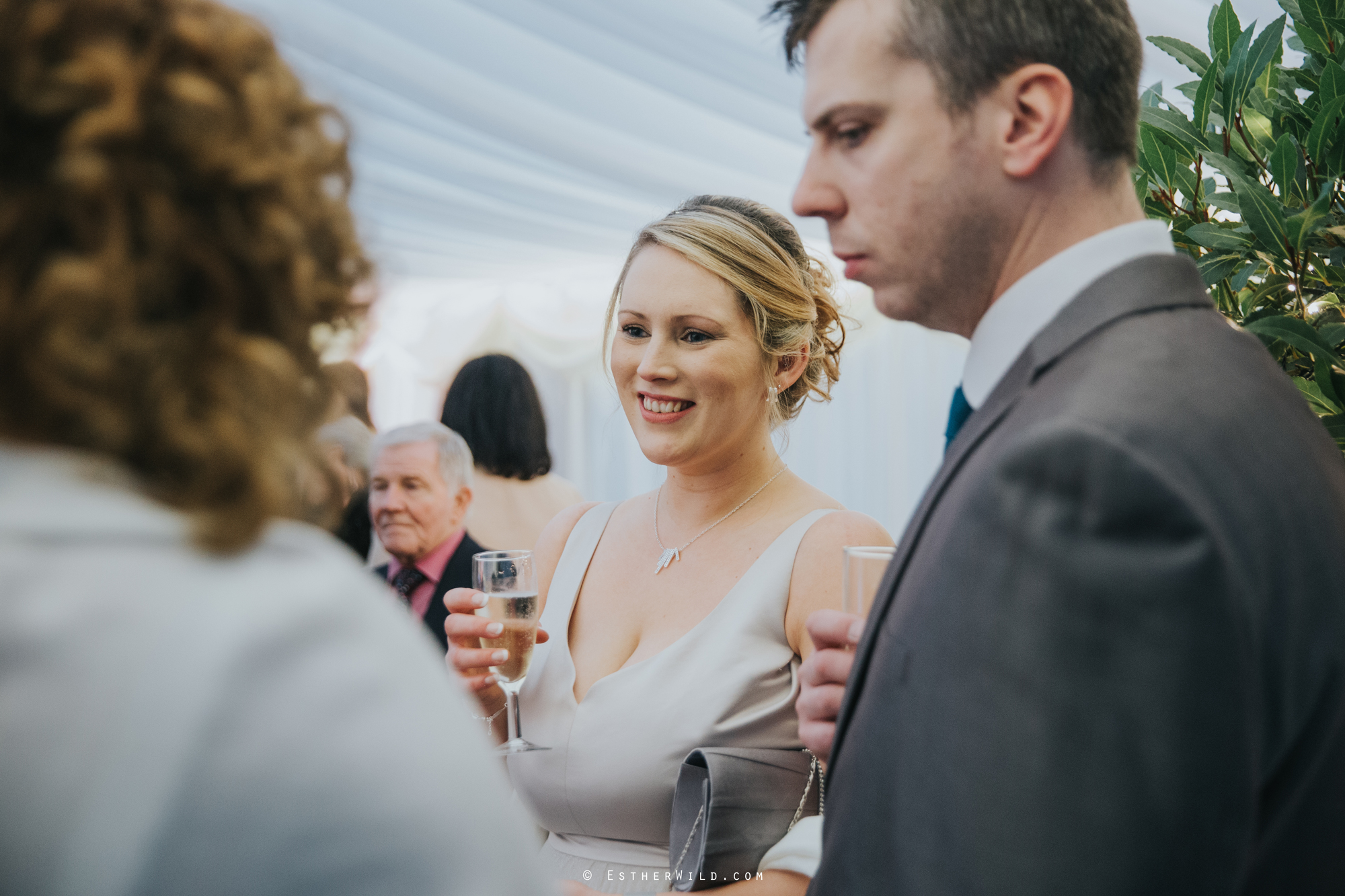 Elms_Barn_Weddings_Suffolk_Photographer_Copyright_Esther_Wild_IMG_1776.jpg