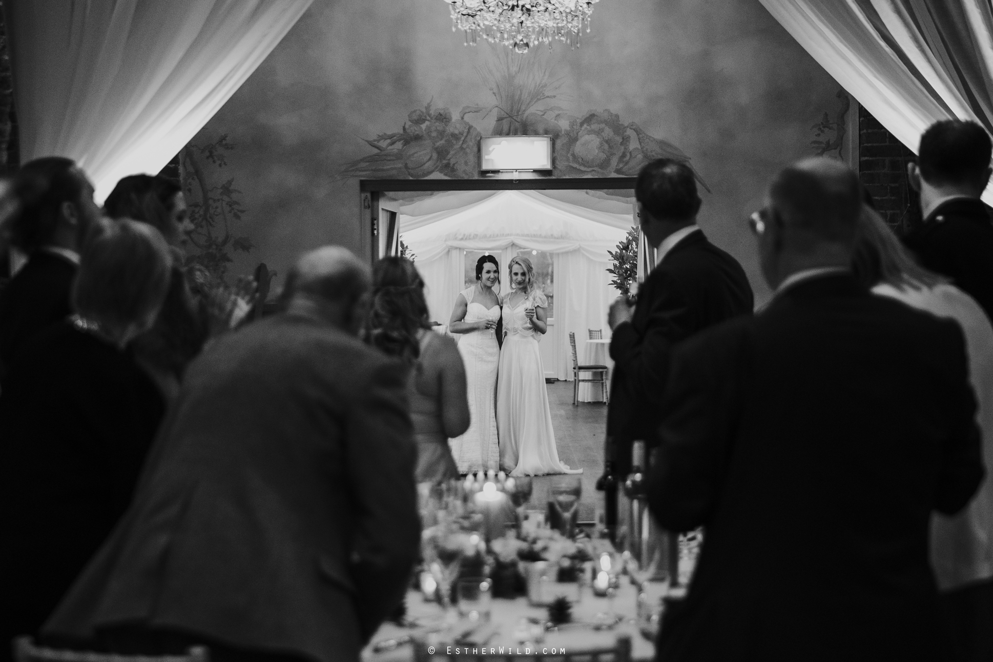 Elms_Barn_Weddings_Suffolk_Photographer_Copyright_Esther_Wild_IMG_2301.jpg