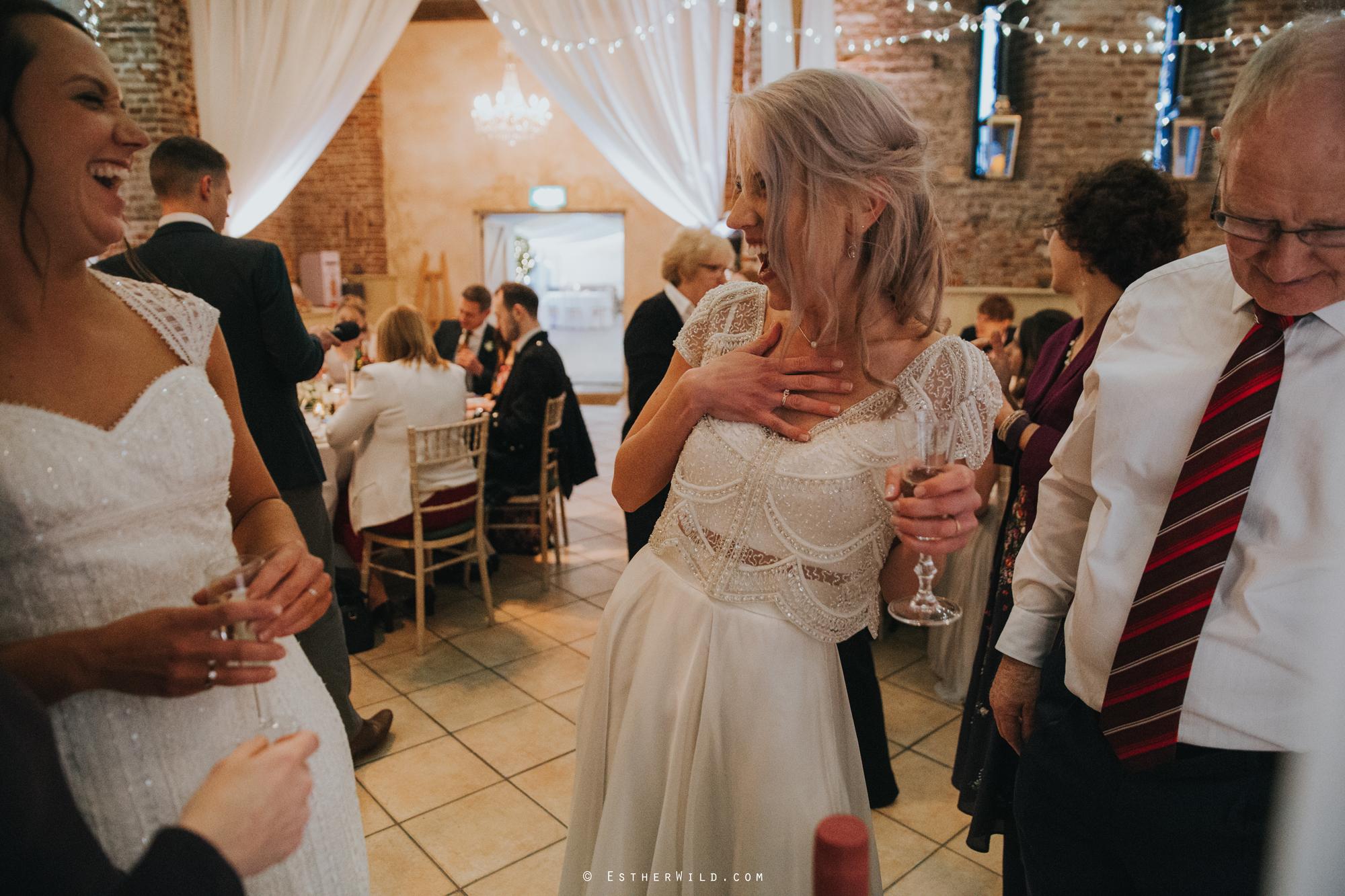 Elms_Barn_Weddings_Suffolk_Photographer_Copyright_Esther_Wild_IMG_2345.jpg