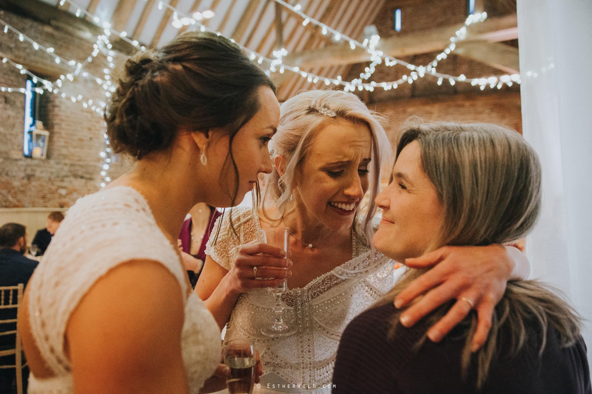 Elms_Barn_Weddings_Suffolk_Photographer_Copyright_Esther_Wild_IMG_2384.jpg