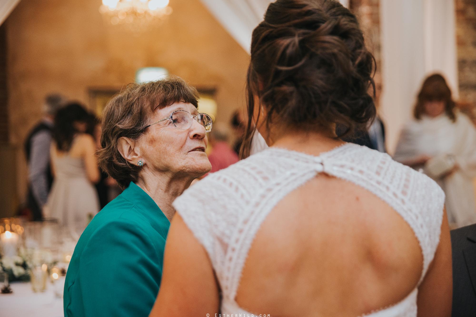 Elms_Barn_Weddings_Suffolk_Photographer_Copyright_Esther_Wild_IMG_3004.jpg