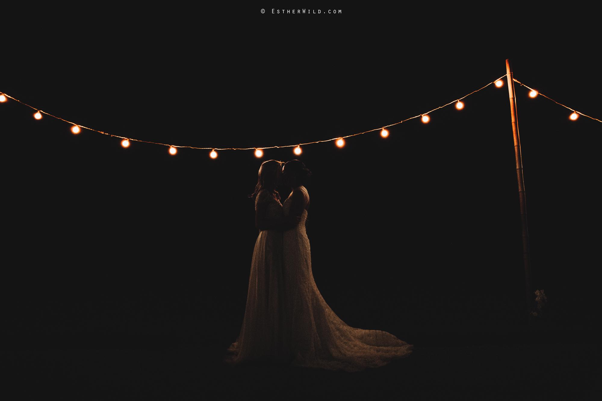 Elms_Barn_Weddings_Suffolk_Photographer_Copyright_Esther_Wild_IMG_3103.jpg