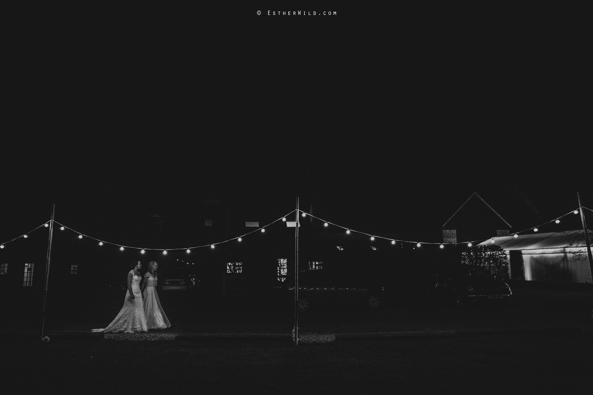 Elms_Barn_Weddings_Suffolk_Photographer_Copyright_Esther_Wild_IMG_3162.jpg