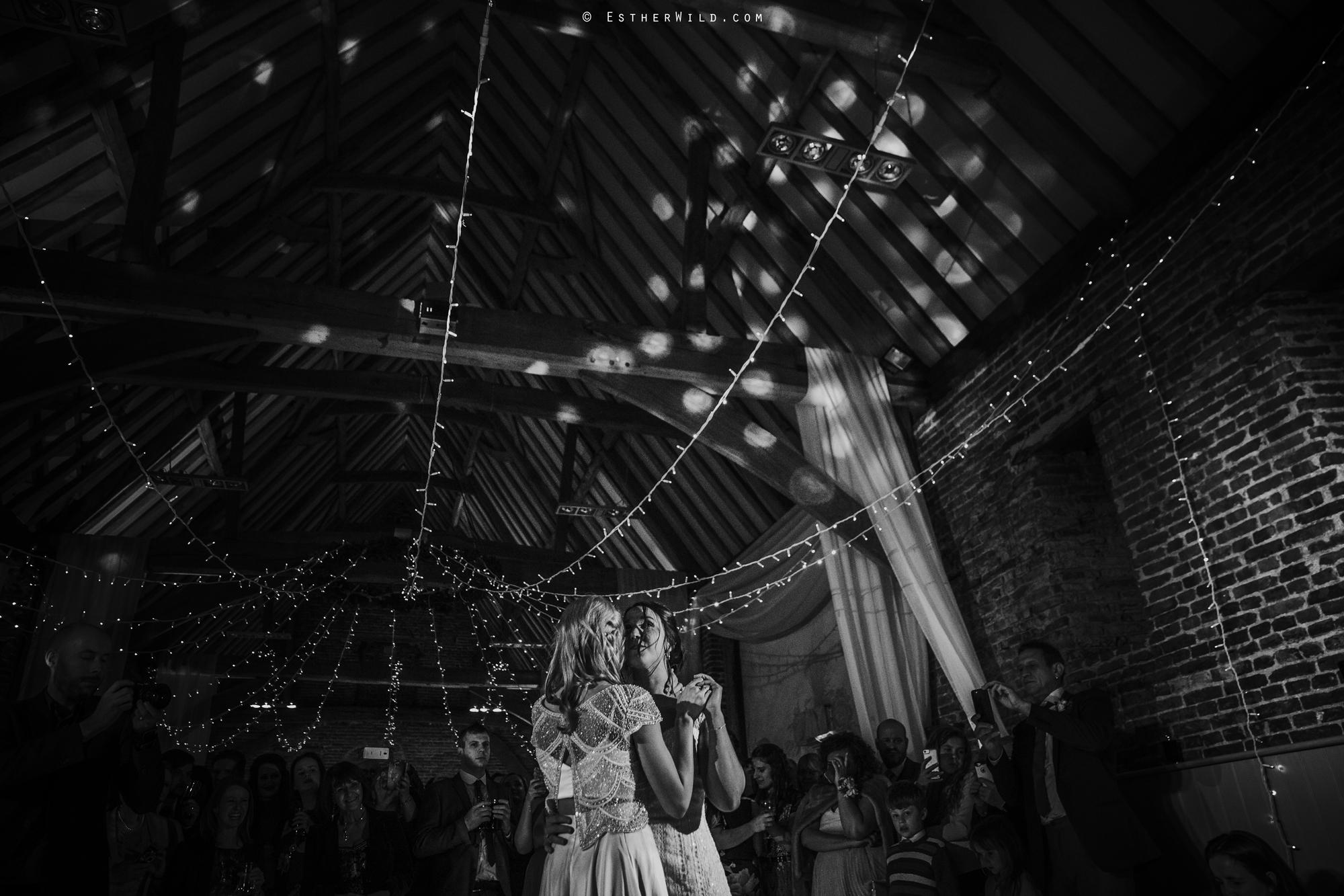 Elms_Barn_Weddings_Suffolk_Photographer_Copyright_Esther_Wild_IMG_3393-2.jpg