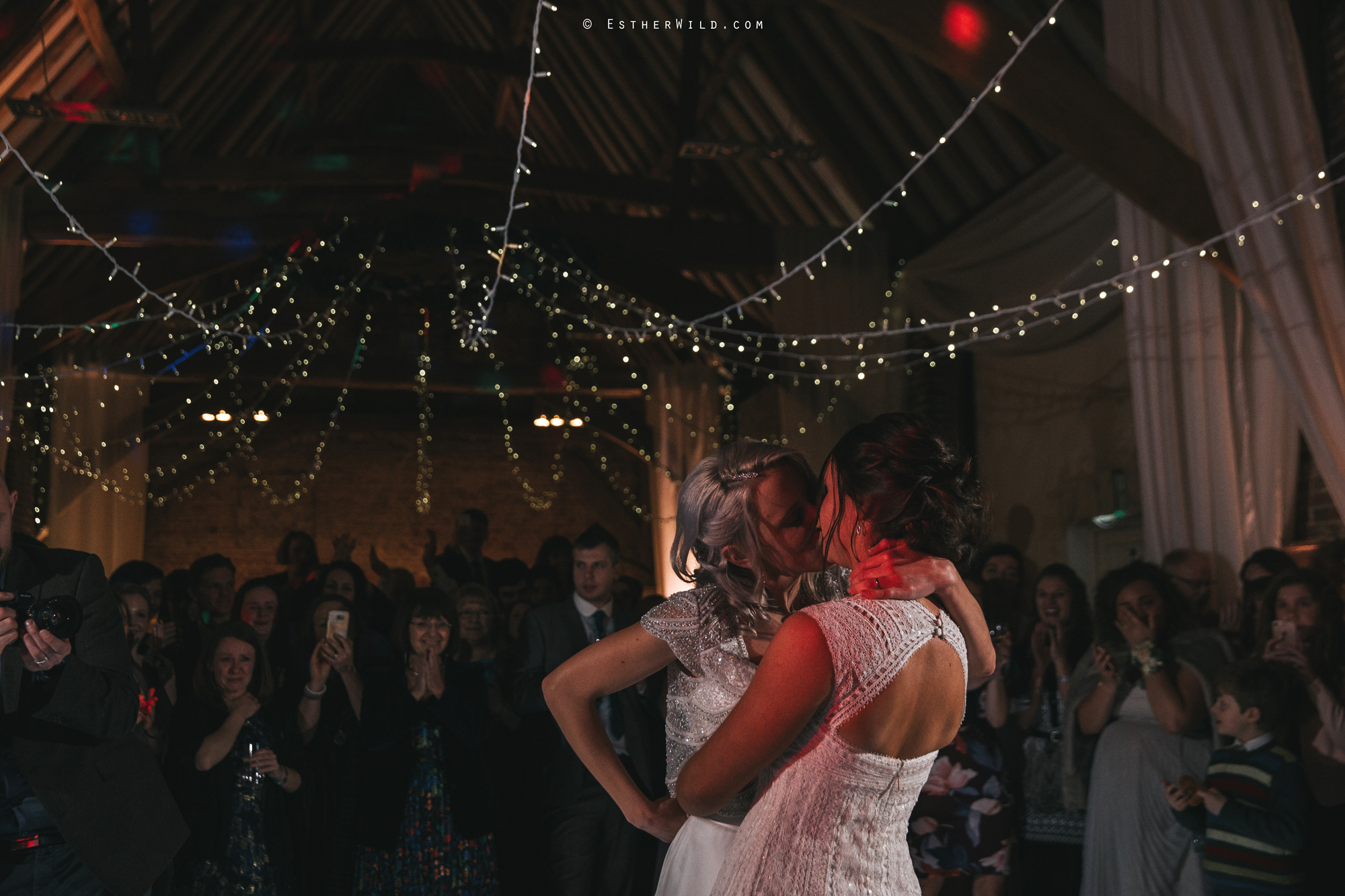 Elms_Barn_Weddings_Suffolk_Photographer_Copyright_Esther_Wild_IMG_3468.jpg