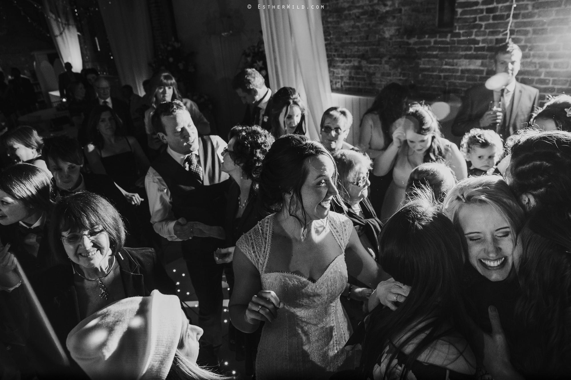 Elms_Barn_Weddings_Suffolk_Photographer_Copyright_Esther_Wild_IMG_3582-2.jpg