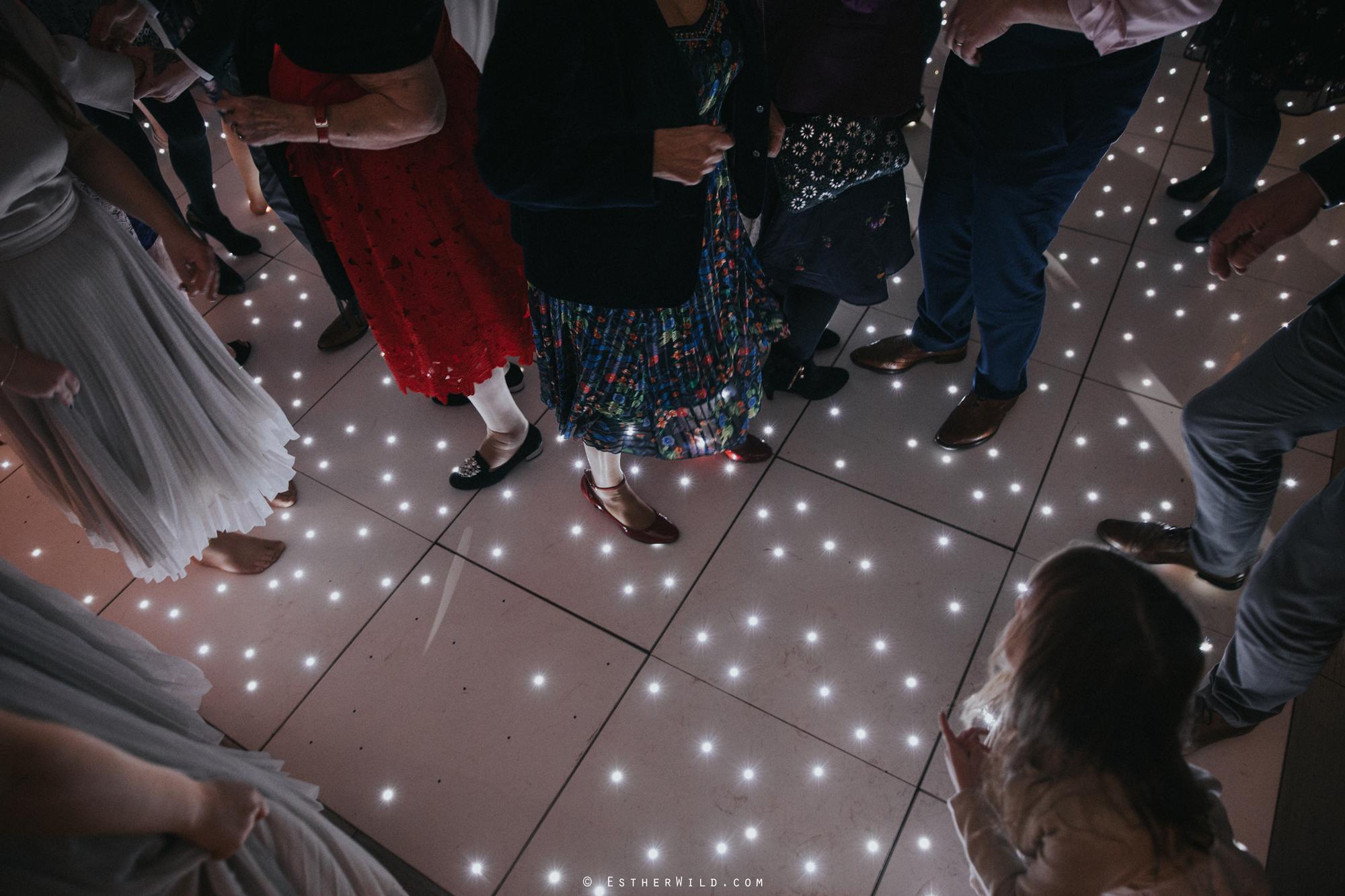Elms_Barn_Weddings_Suffolk_Photographer_Copyright_Esther_Wild_IMG_3605.jpg