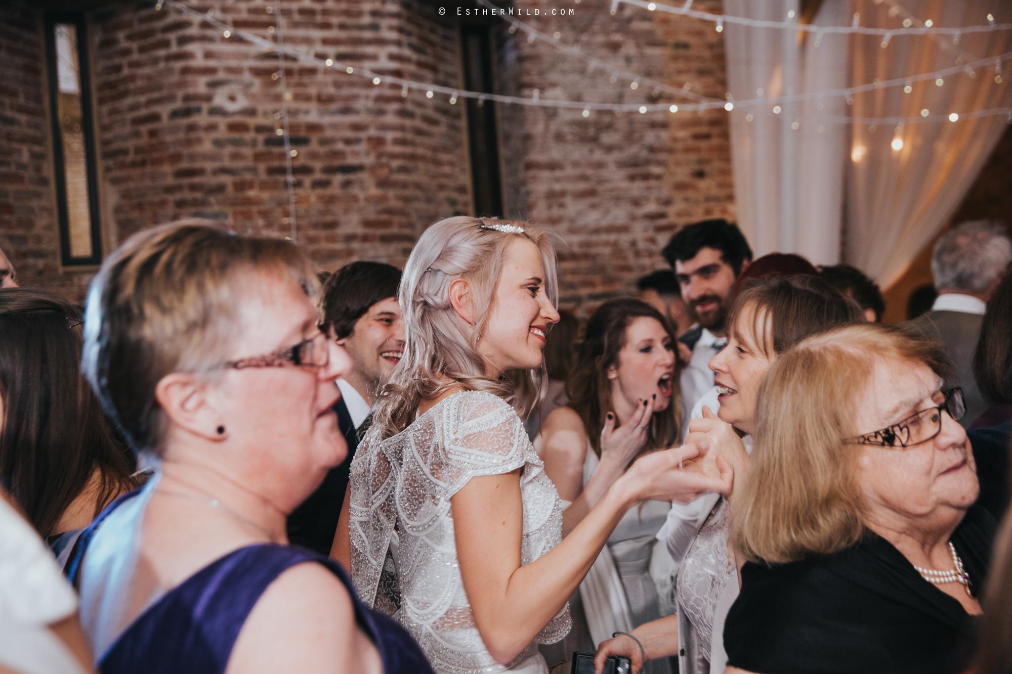 Elms_Barn_Weddings_Suffolk_Photographer_Copyright_Esther_Wild_IMG_3589.jpg