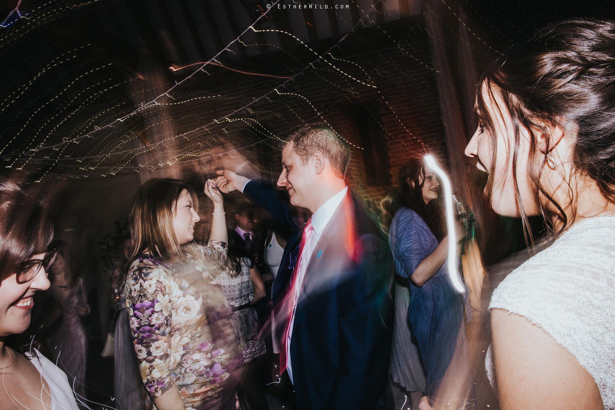 Elms_Barn_Weddings_Suffolk_Photographer_Copyright_Esther_Wild_IMG_3678.jpg