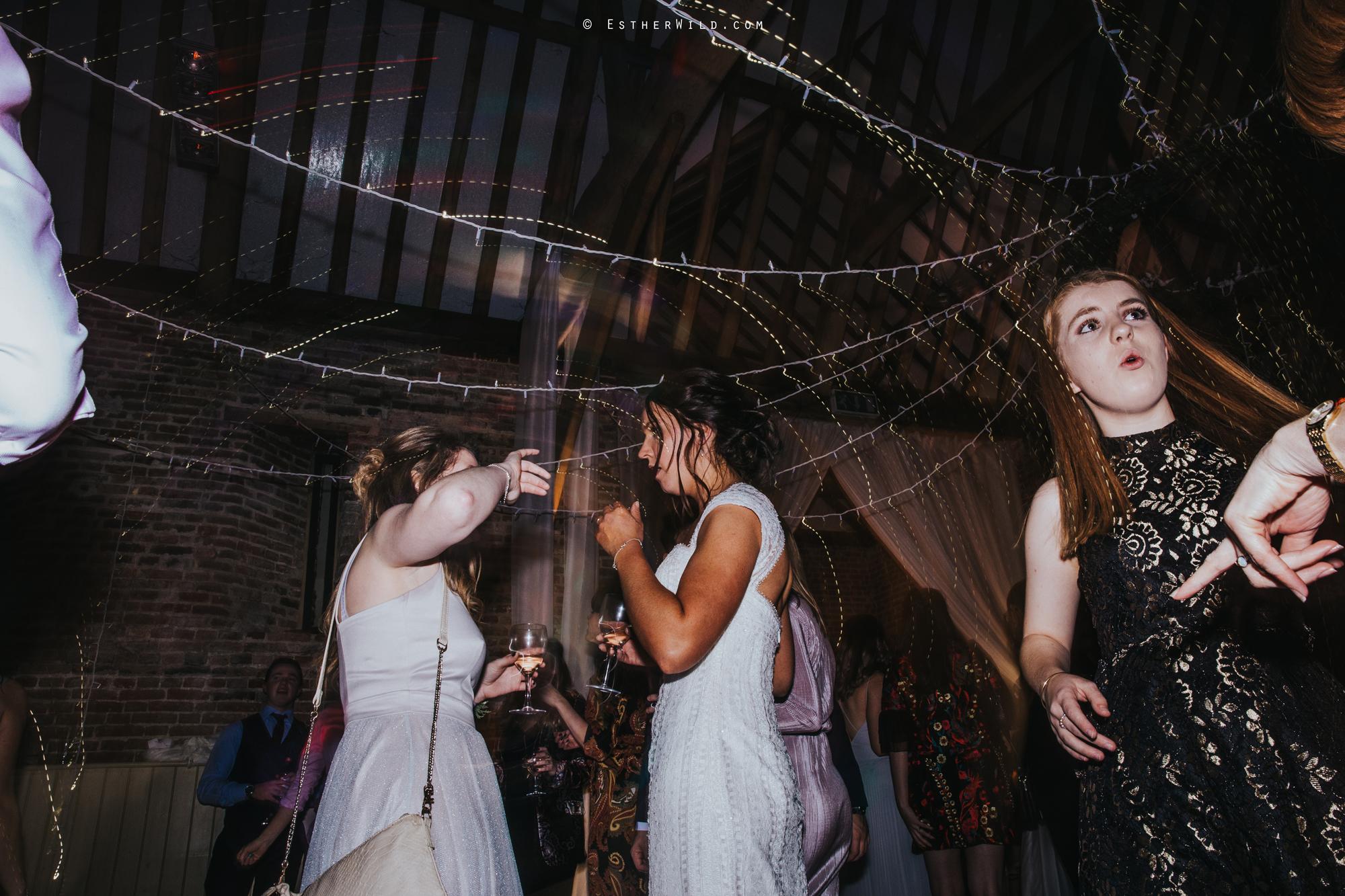 Elms_Barn_Weddings_Suffolk_Photographer_Copyright_Esther_Wild_IMG_3689.jpg