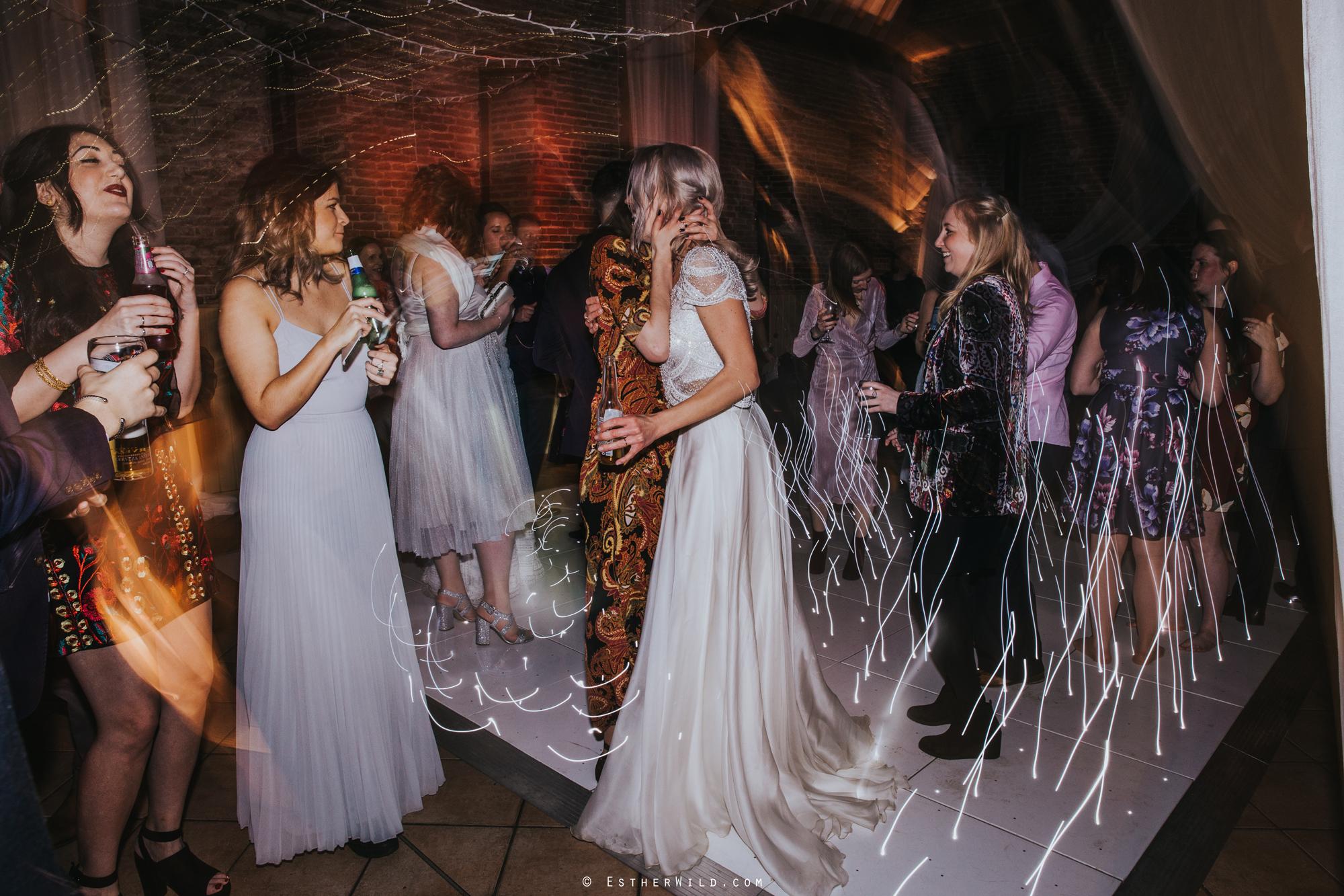 Elms_Barn_Weddings_Suffolk_Photographer_Copyright_Esther_Wild_IMG_3699.jpg