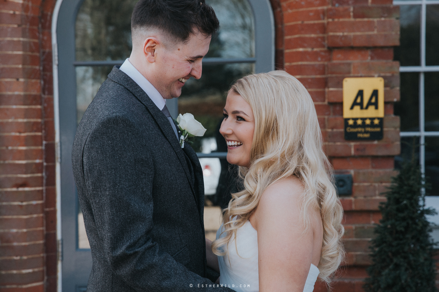 Norfolk_Mead_Hotel_Norwich_Wedding_Copyright_Esther_Wild_Photographer_IMG_1781.jpg