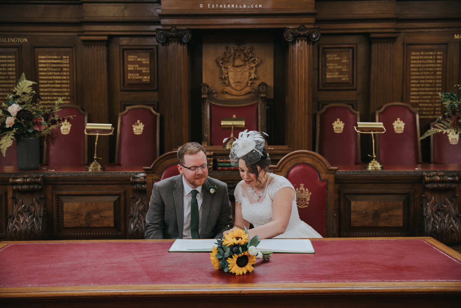 Islington_Town_Hall_Assembly_Hall_Council_Chamber_The_Star_Pub_London_Sacred_Wedding_Copyright_Esther_Wild_Photographer_IMG_0451.jpg