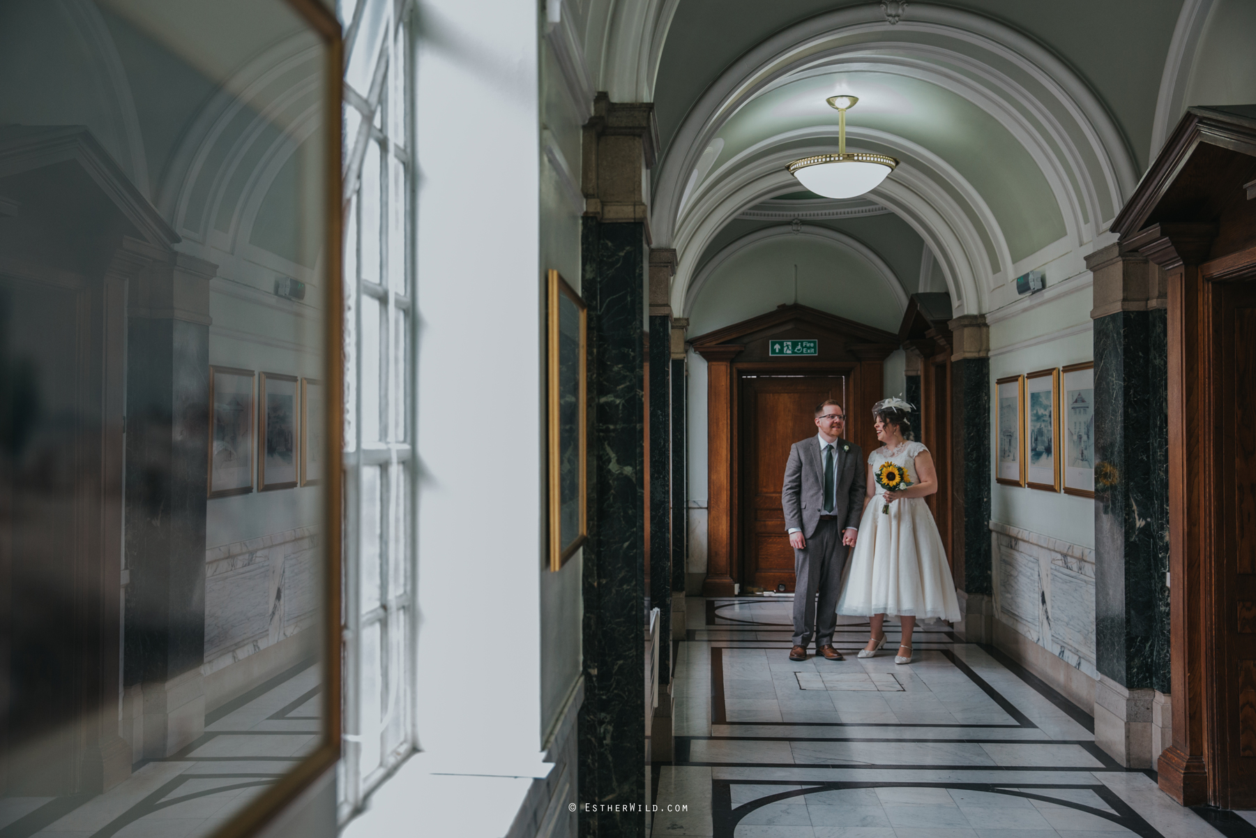 Islington_Town_Hall_Assembly_Hall_Council_Chamber_The_Star_Pub_London_Sacred_Wedding_Copyright_Esther_Wild_Photographer_IMG_0561.jpg