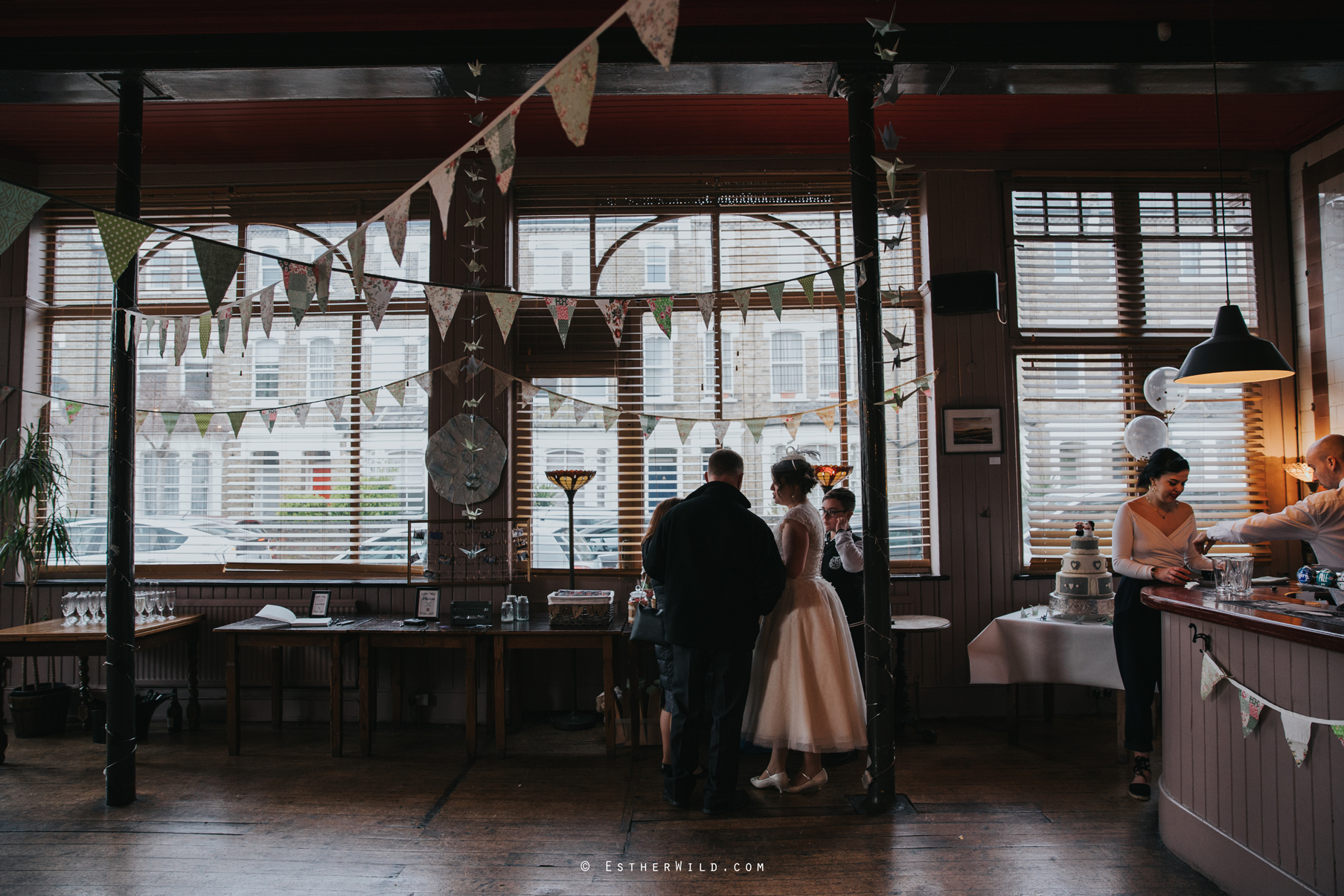 Islington_Town_Hall_Assembly_Hall_Council_Chamber_The_Star_Pub_London_Sacred_Wedding_Copyright_Esther_Wild_Photographer_IMG_1072.jpg