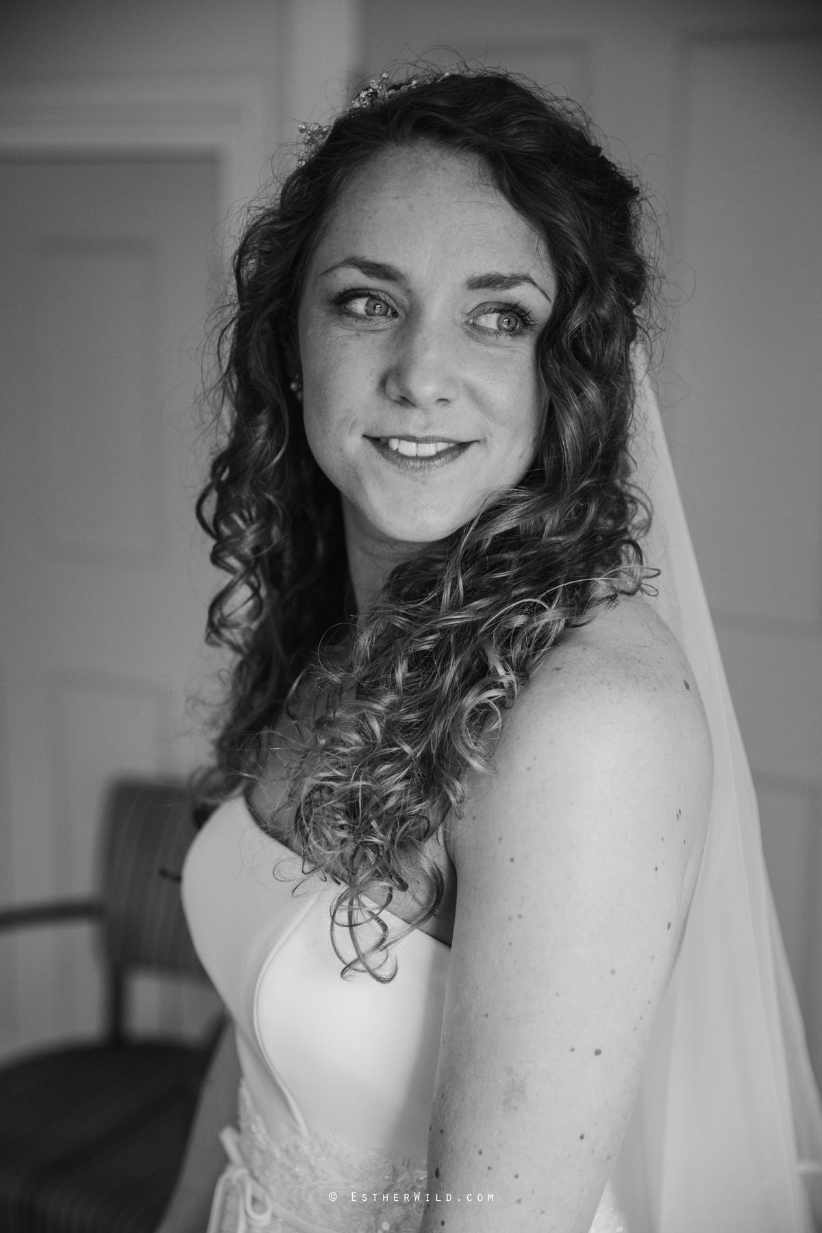 The_BoatHouse_Wedding_Venue_Ormesby_Norfolk_Broads_Boat_Wedding_Photography_Esther_Wild_Photographer_IMG_0689-1.jpg