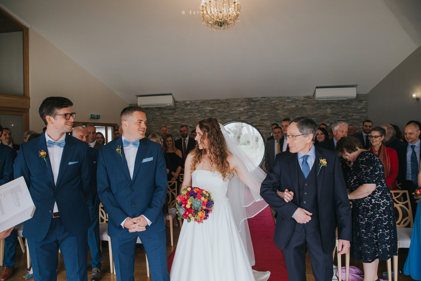 The_BoatHouse_Wedding_Venue_Ormesby_Norfolk_Broads_Boat_Wedding_Photography_Esther_Wild_Photographer_IMG_1040.jpg