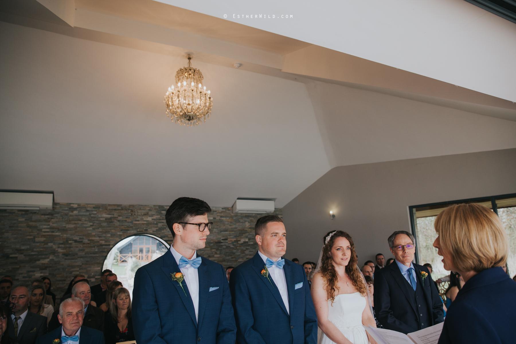 The_BoatHouse_Wedding_Venue_Ormesby_Norfolk_Broads_Boat_Wedding_Photography_Esther_Wild_Photographer_IMG_1058.jpg