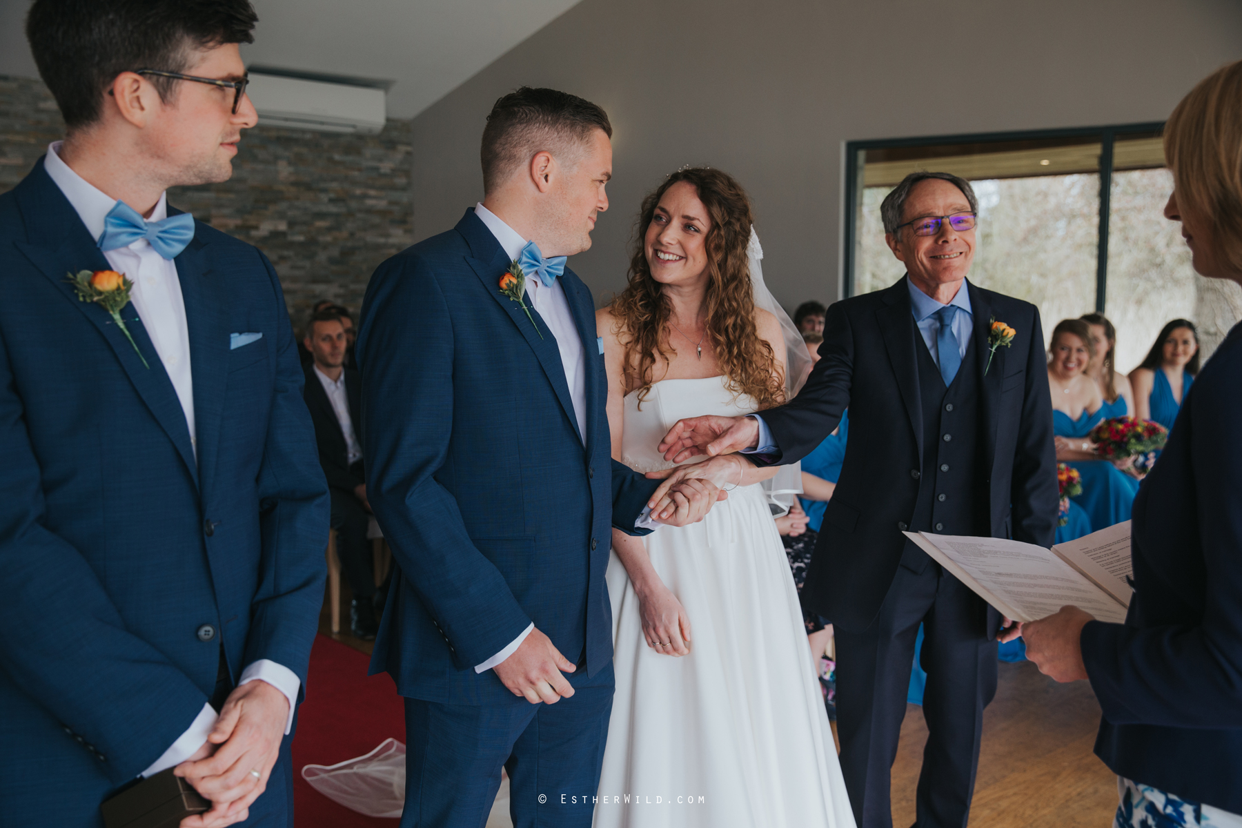 The_BoatHouse_Wedding_Venue_Ormesby_Norfolk_Broads_Boat_Wedding_Photography_Esther_Wild_Photographer_IMG_1068.jpg
