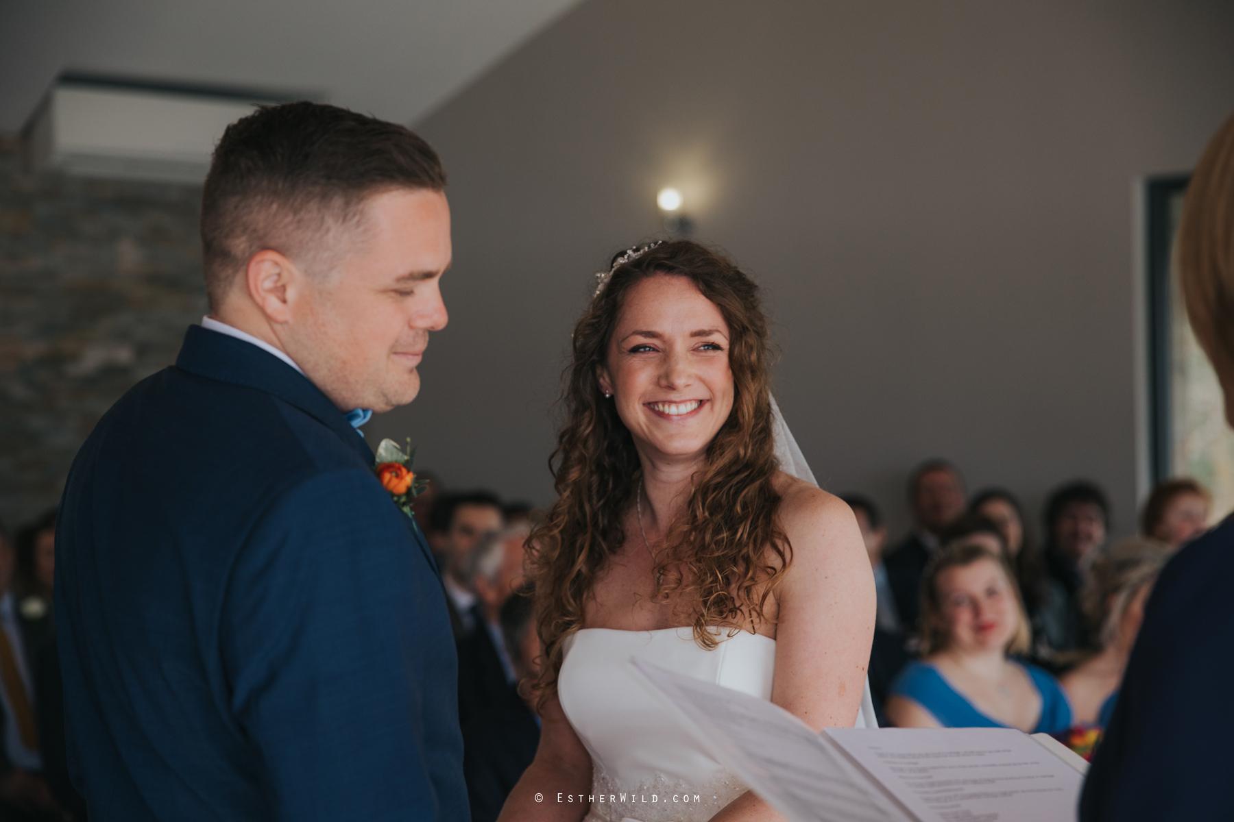 The_BoatHouse_Wedding_Venue_Ormesby_Norfolk_Broads_Boat_Wedding_Photography_Esther_Wild_Photographer_IMG_1088.jpg